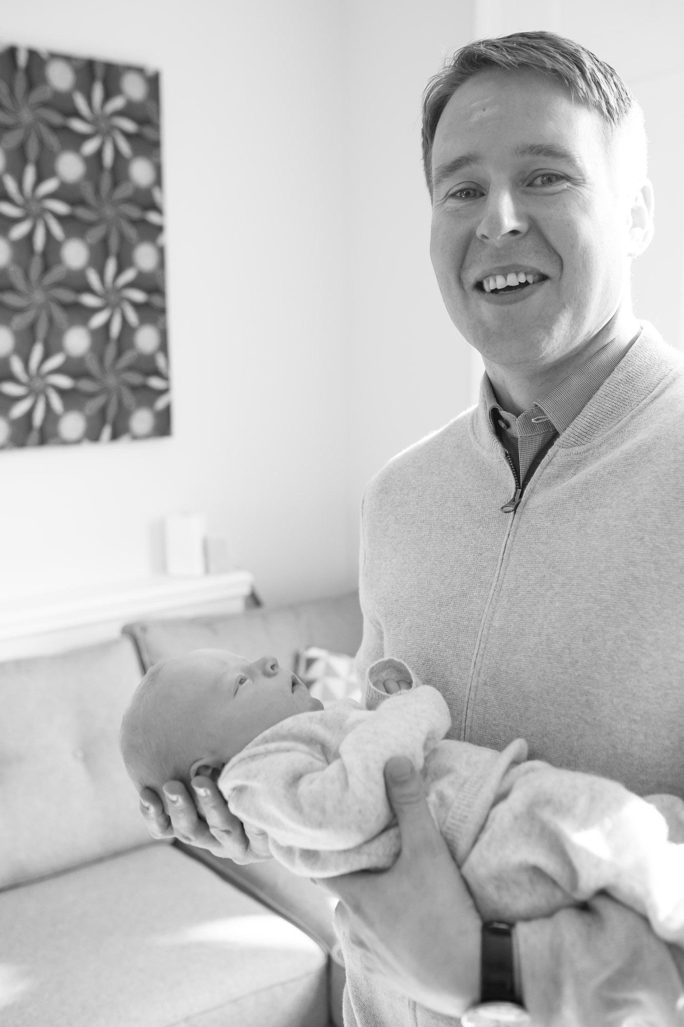 newborn-baby-family-portrait-photographer-073.jpg