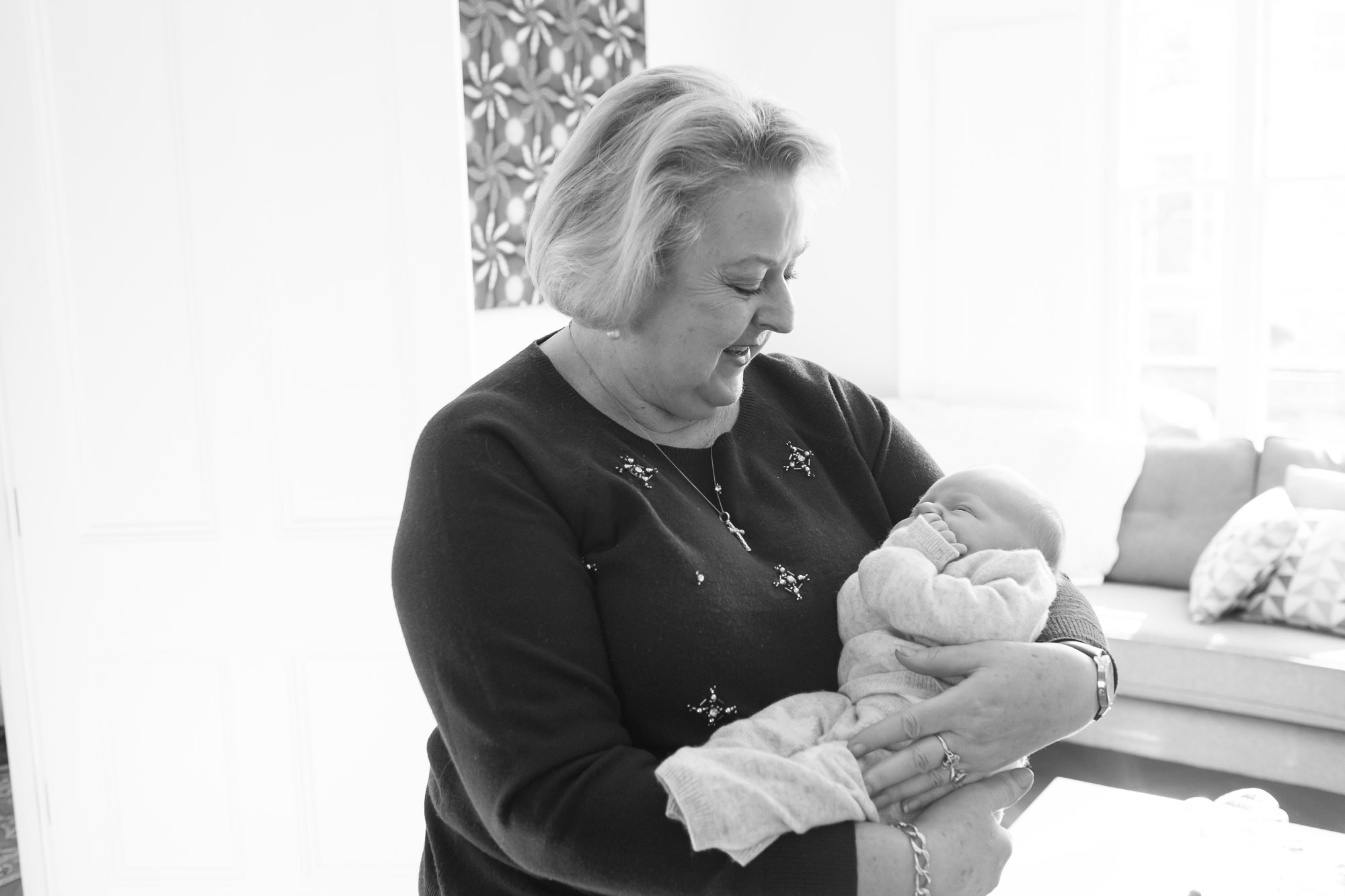 newborn-baby-family-portrait-photographer-092.jpg