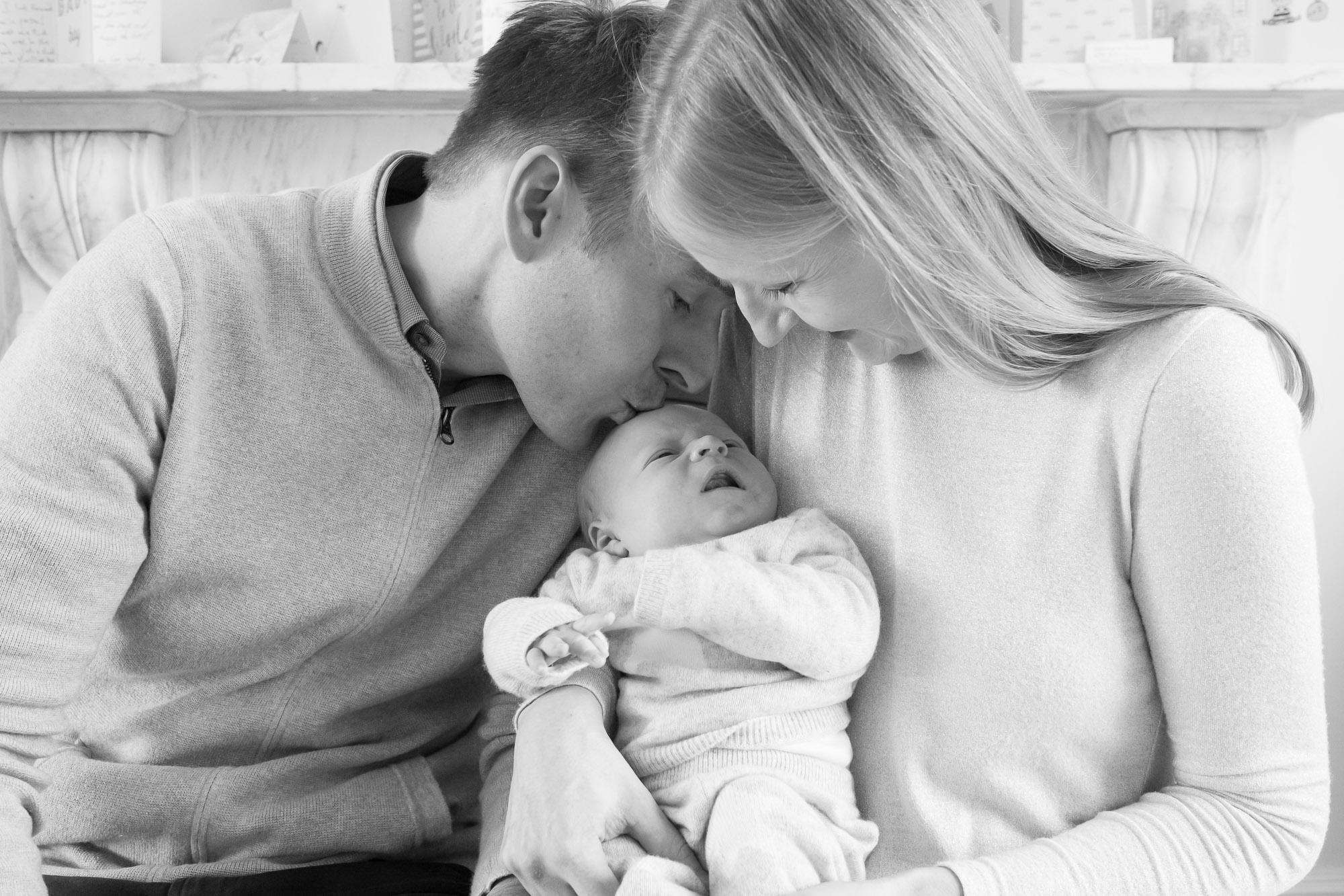 newborn-baby-family-portrait-photographer-119.jpg