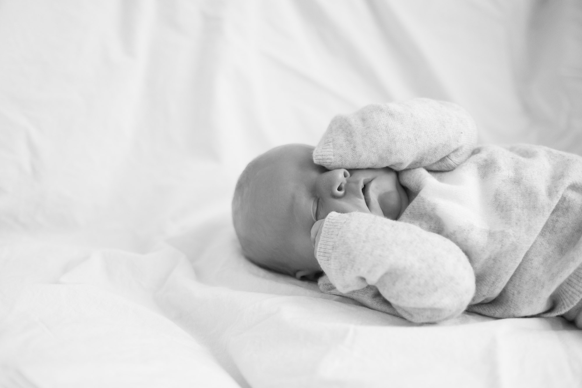 newborn-baby-family-portrait-photographer-127.jpg