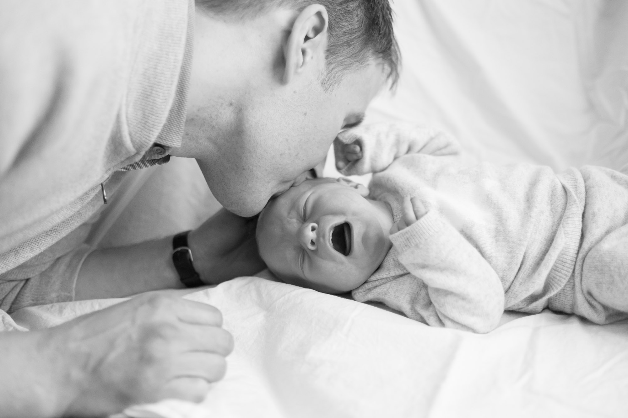newborn-baby-family-portrait-photographer-131.jpg