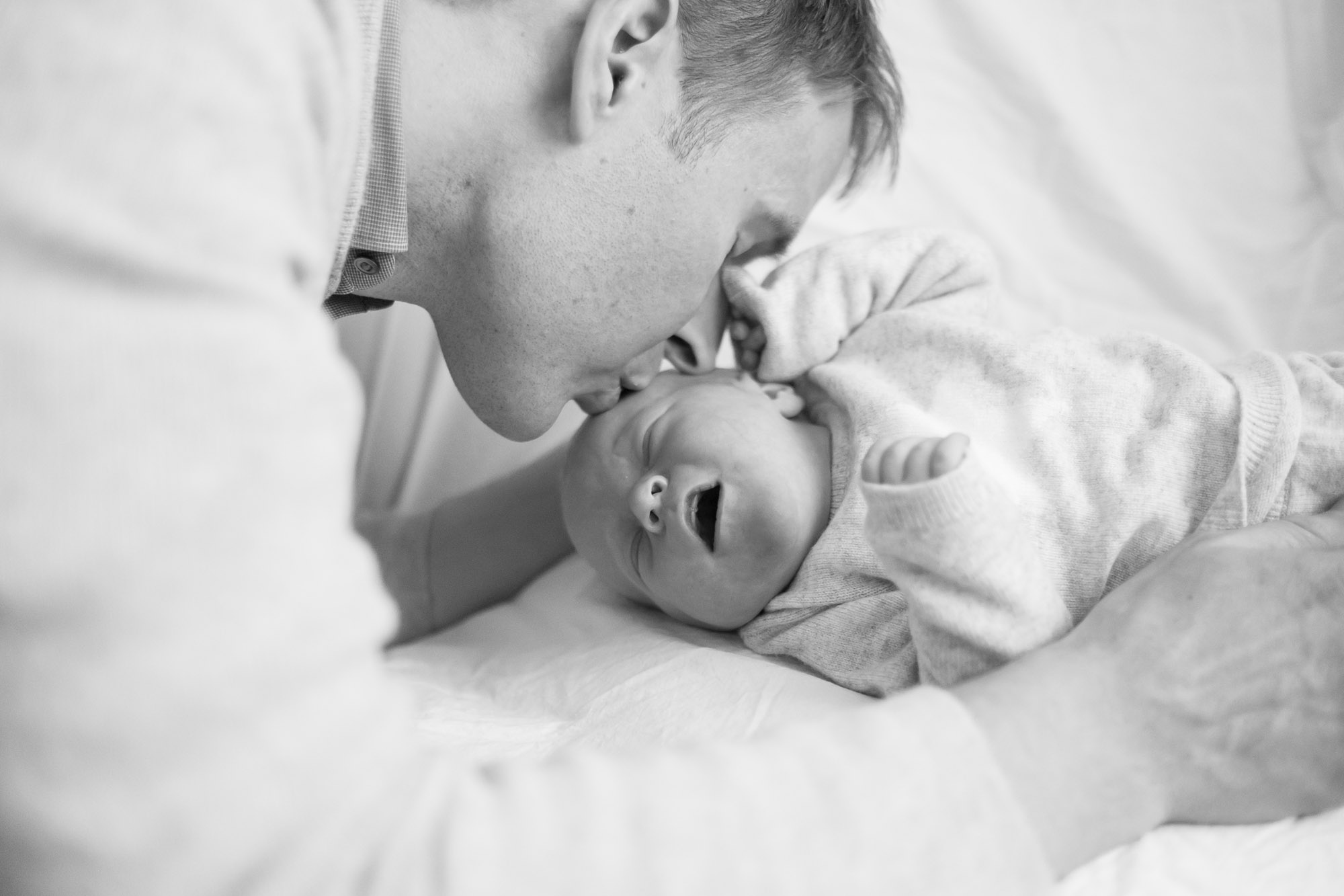 newborn-baby-family-portrait-photographer-136.jpg