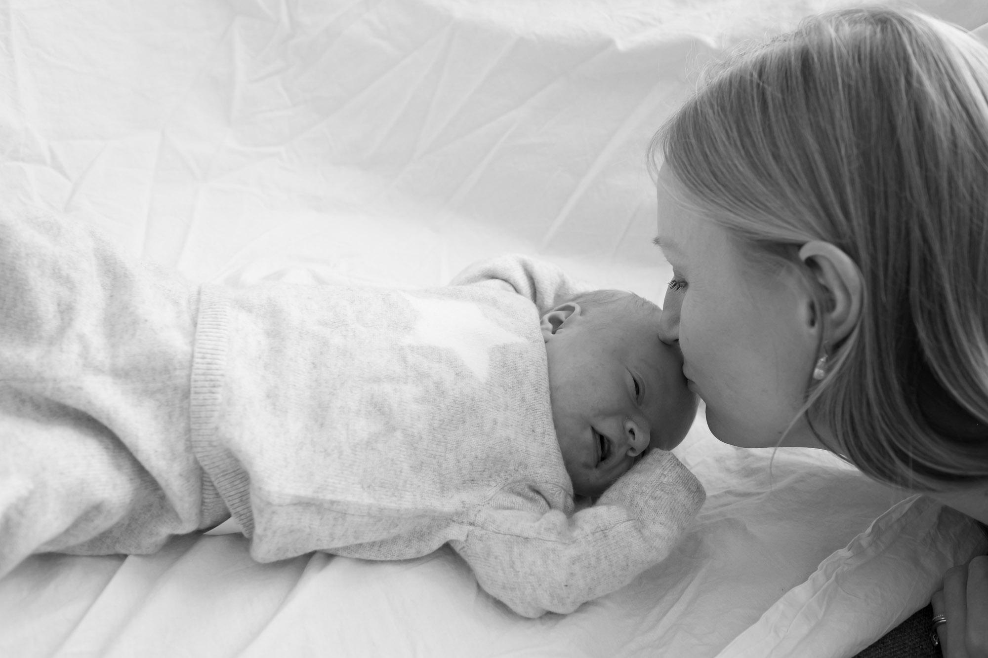 newborn-baby-family-portrait-photographer-157.jpg
