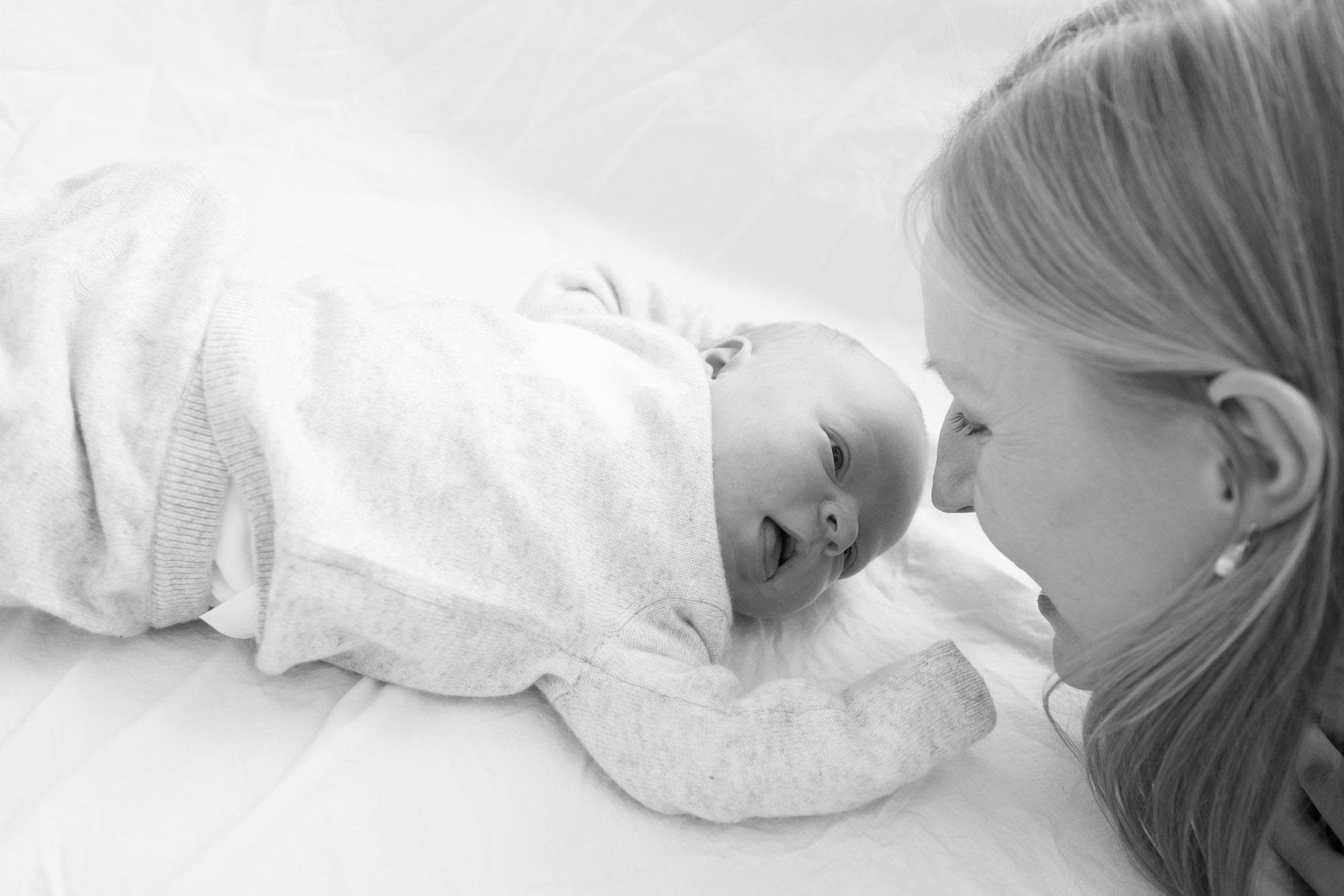 newborn-baby-family-portrait-photographer-159.jpg