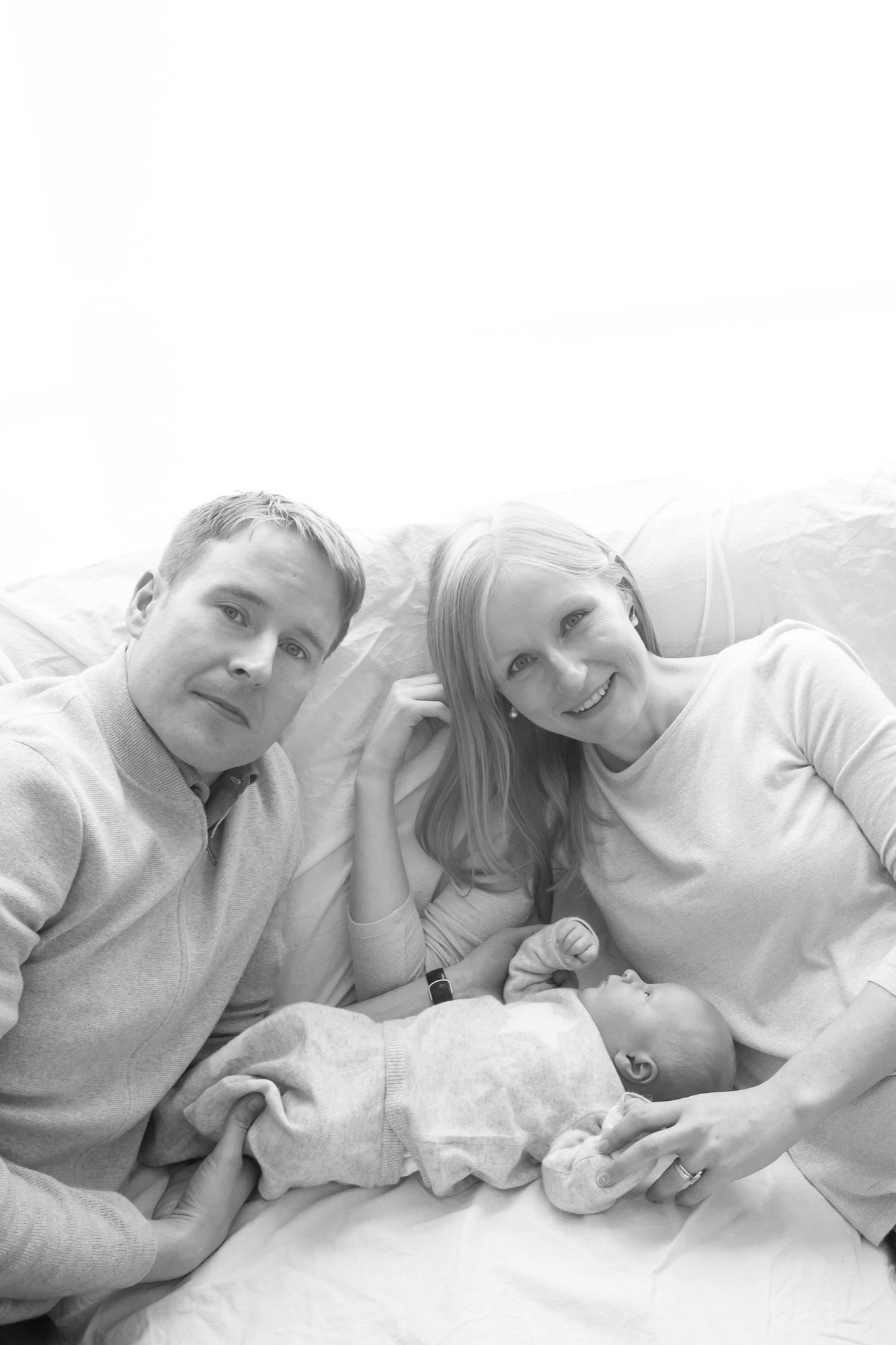 newborn-baby-family-portrait-photographer-182.jpg