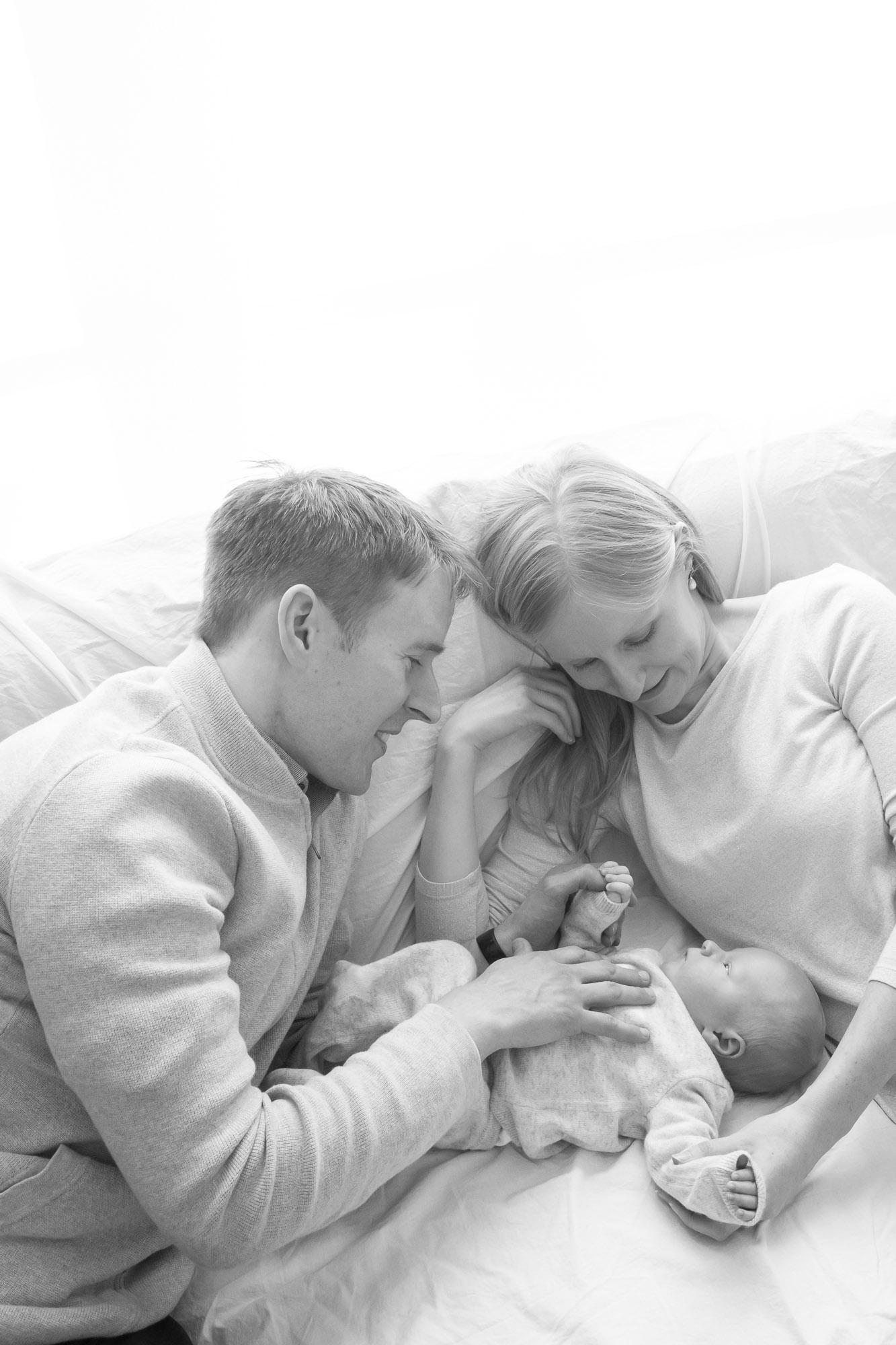 newborn-baby-family-portrait-photographer-184.jpg