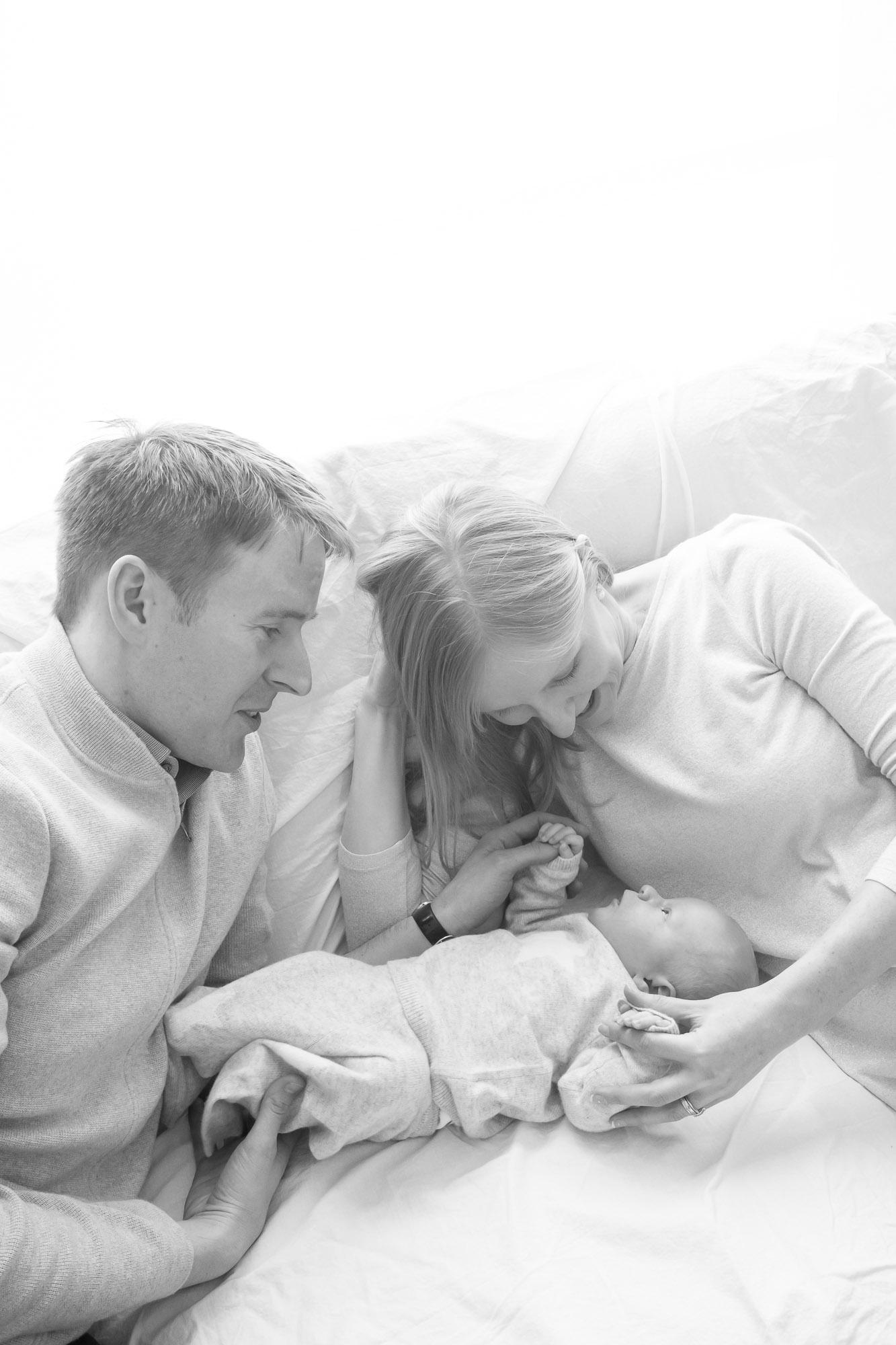 newborn-baby-family-portrait-photographer-183.jpg