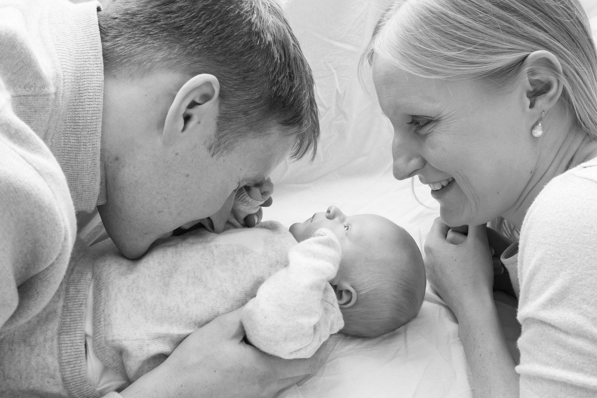 newborn-baby-family-portrait-photographer-190.jpg