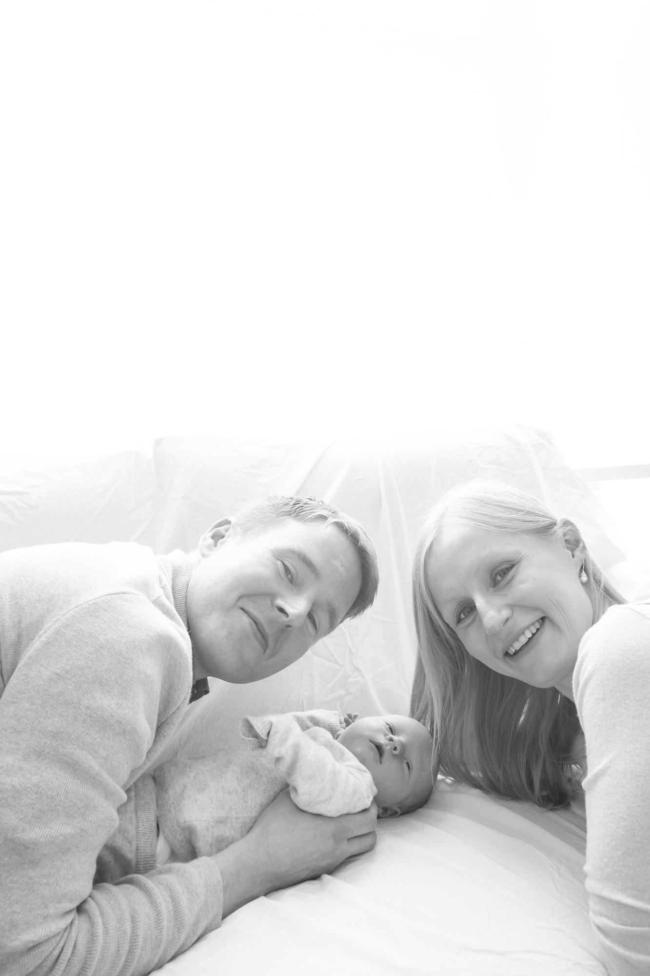newborn-baby-family-portrait-photographer-199.jpg