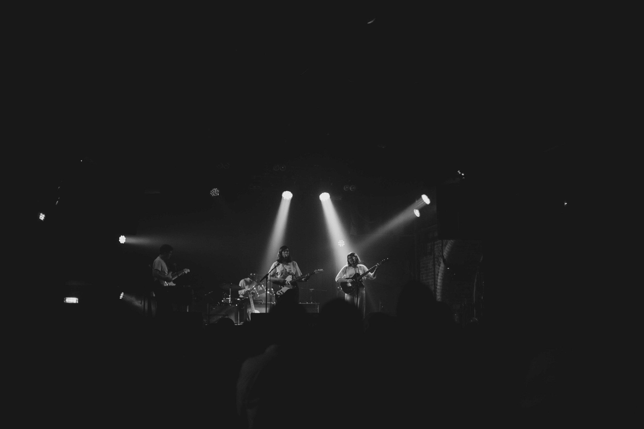 Girl-Ray-Heaven-Nightclub-008.jpg