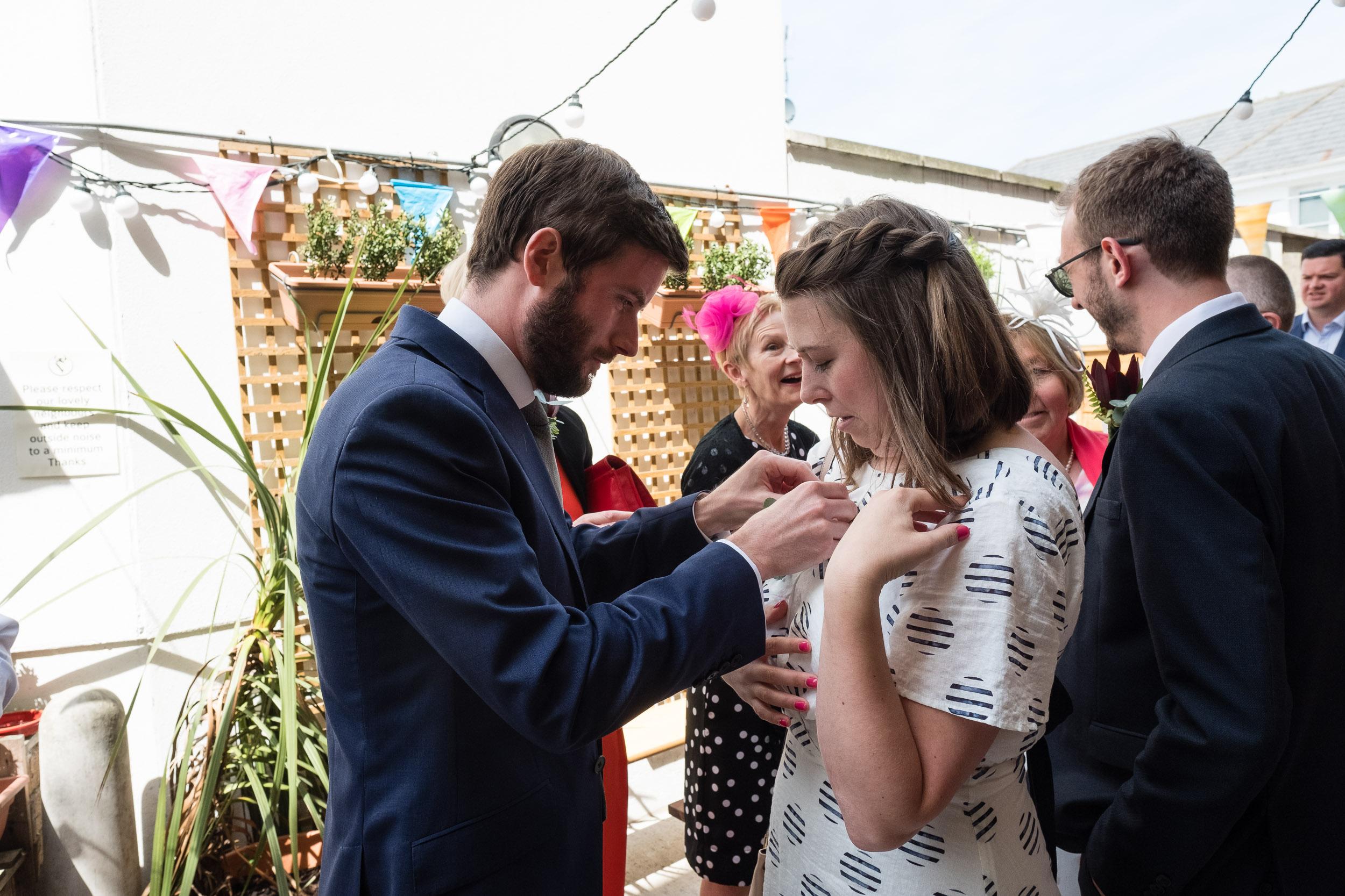 brockwell-lido-brixton-herne-hill-wedding-018.jpg