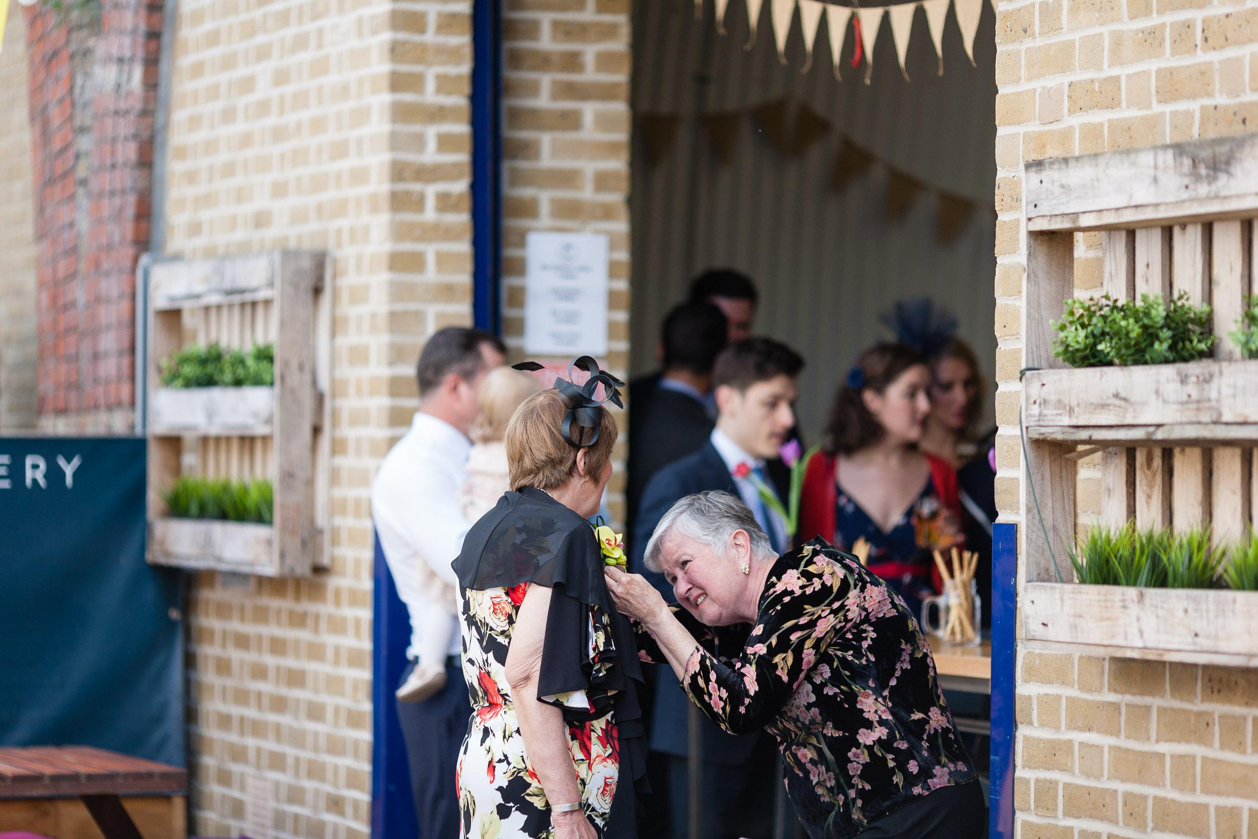 brockwell-lido-brixton-herne-hill-wedding-026.jpg