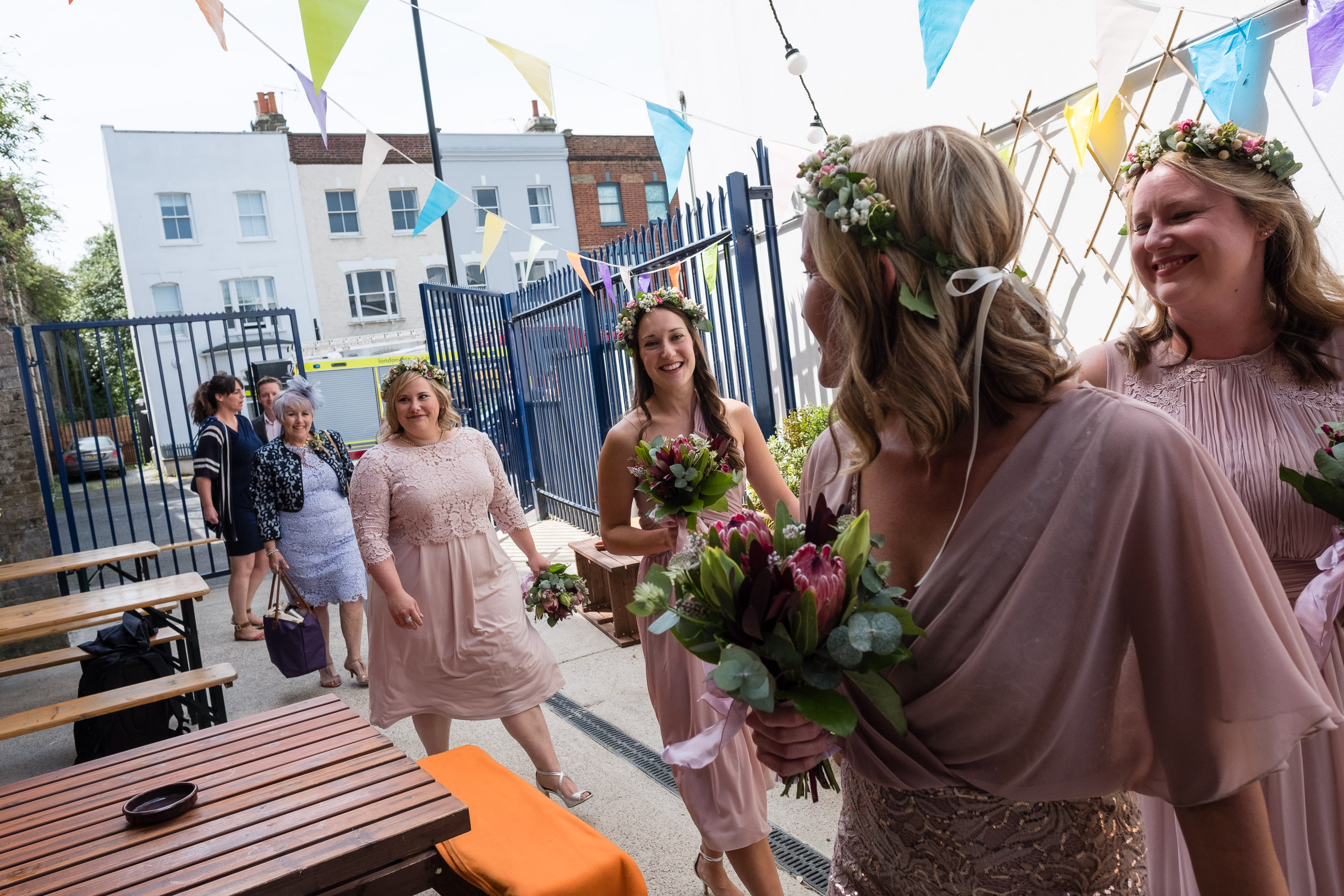 brockwell-lido-brixton-herne-hill-wedding-038.jpg