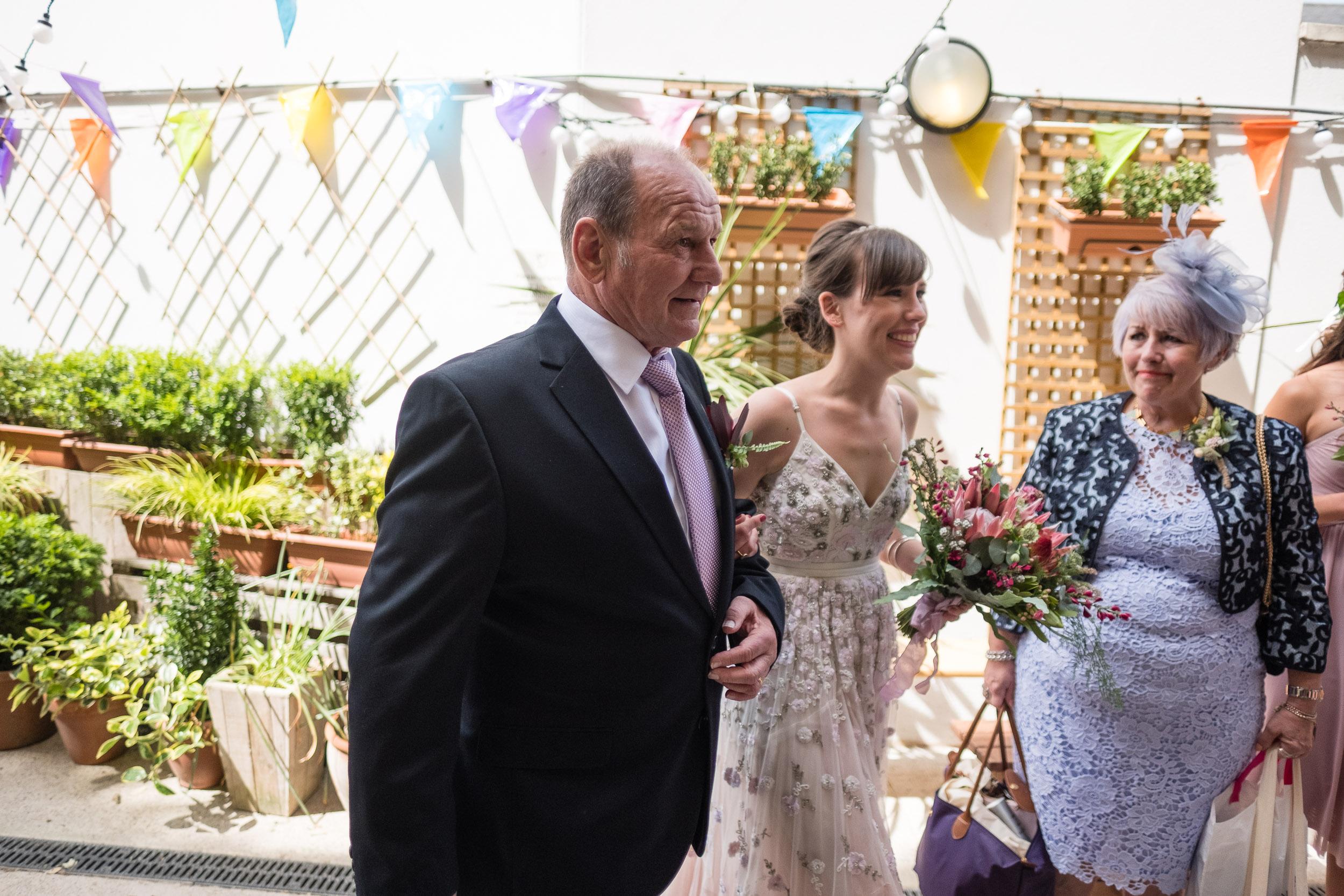 brockwell-lido-brixton-herne-hill-wedding-042.jpg