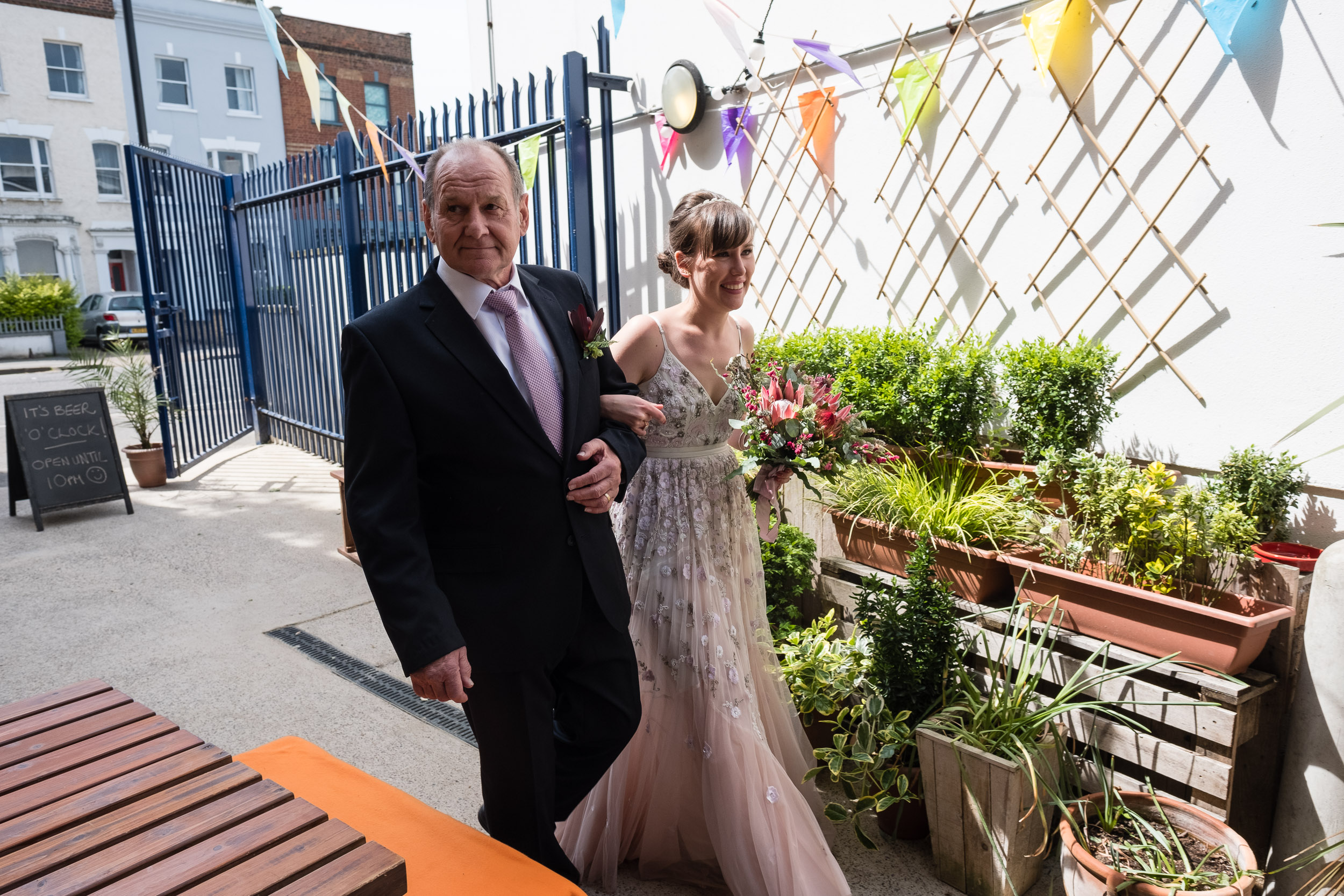 brockwell-lido-brixton-herne-hill-wedding-041.jpg