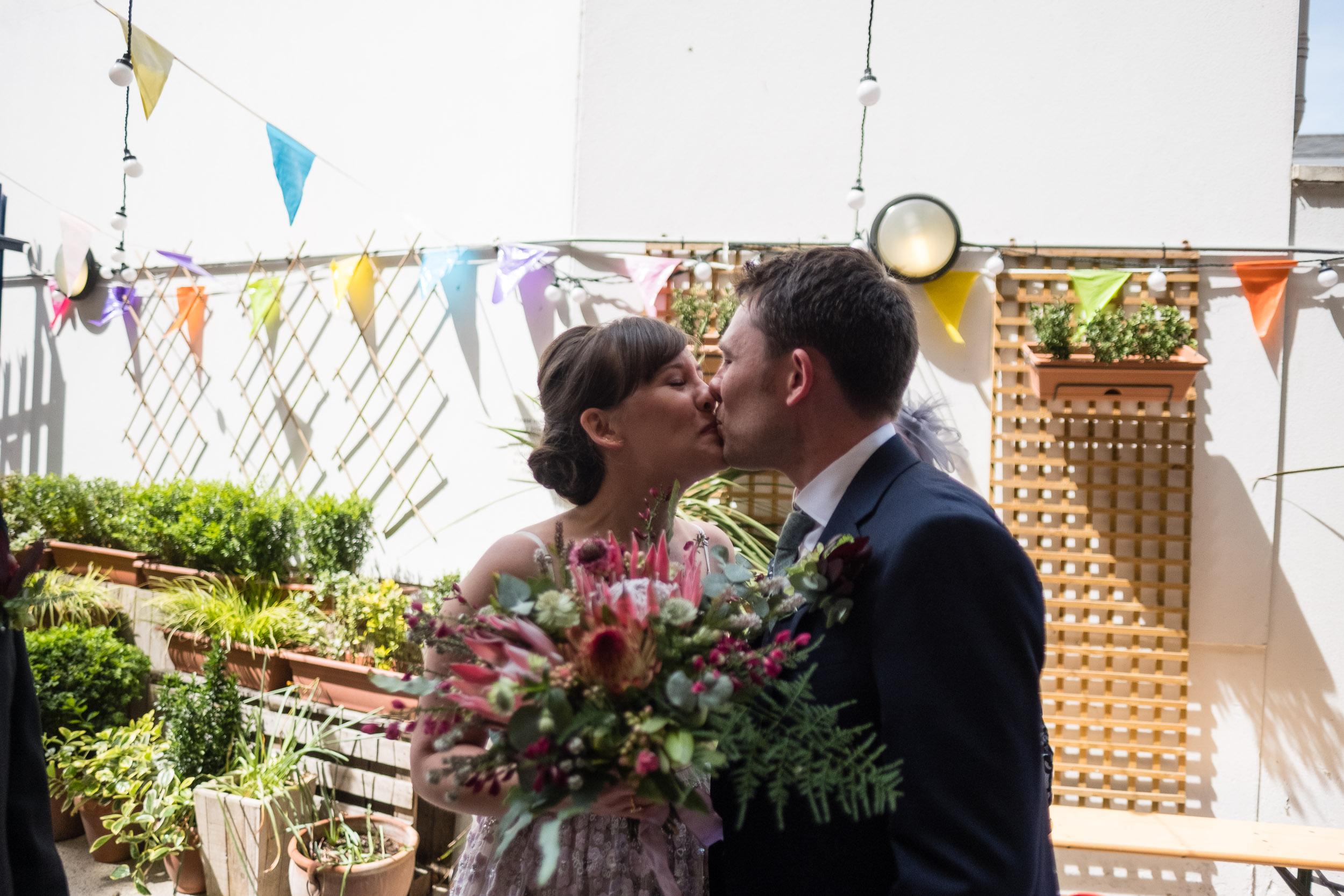 brockwell-lido-brixton-herne-hill-wedding-049.jpg