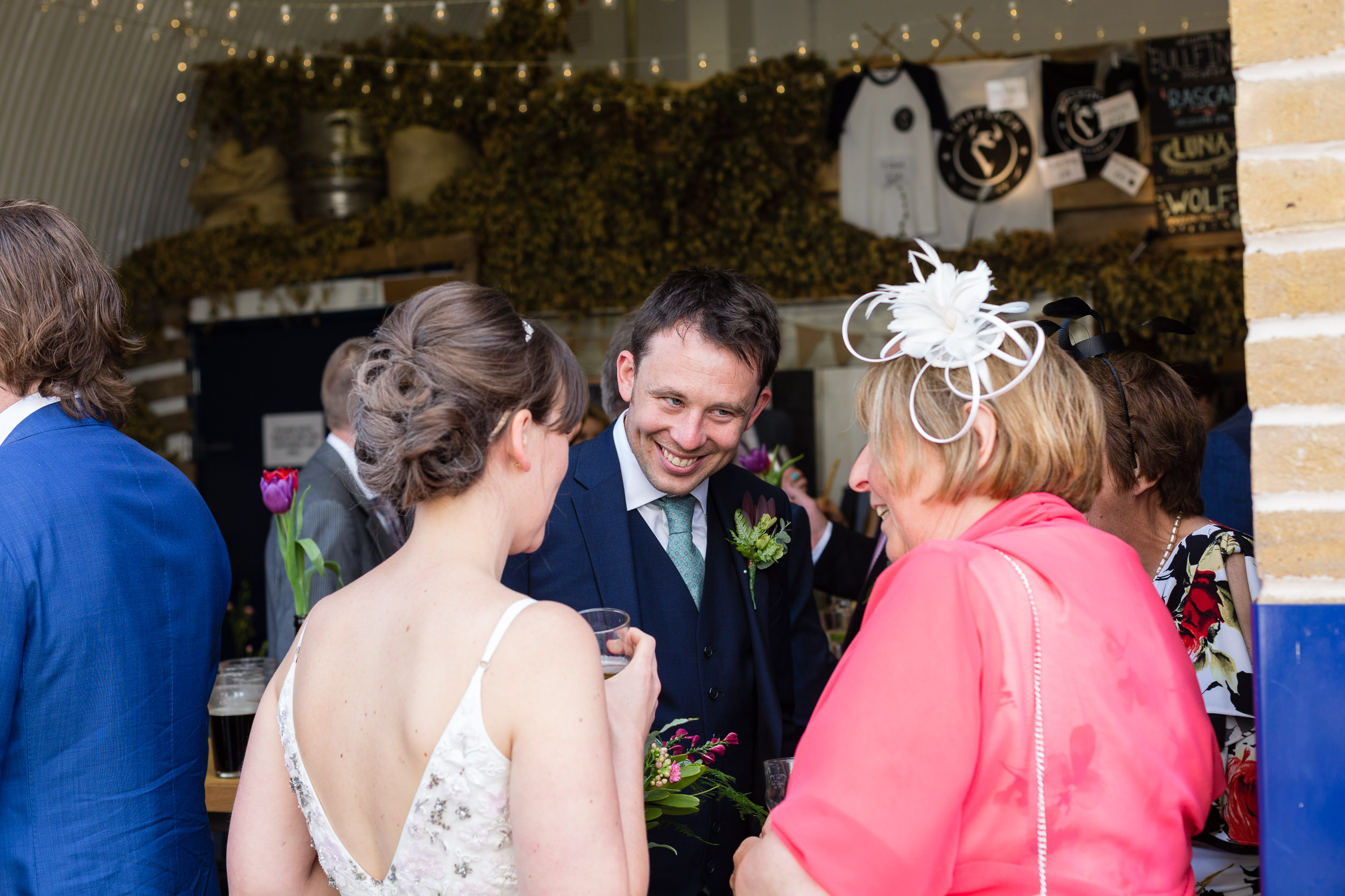 brockwell-lido-brixton-herne-hill-wedding-067.jpg