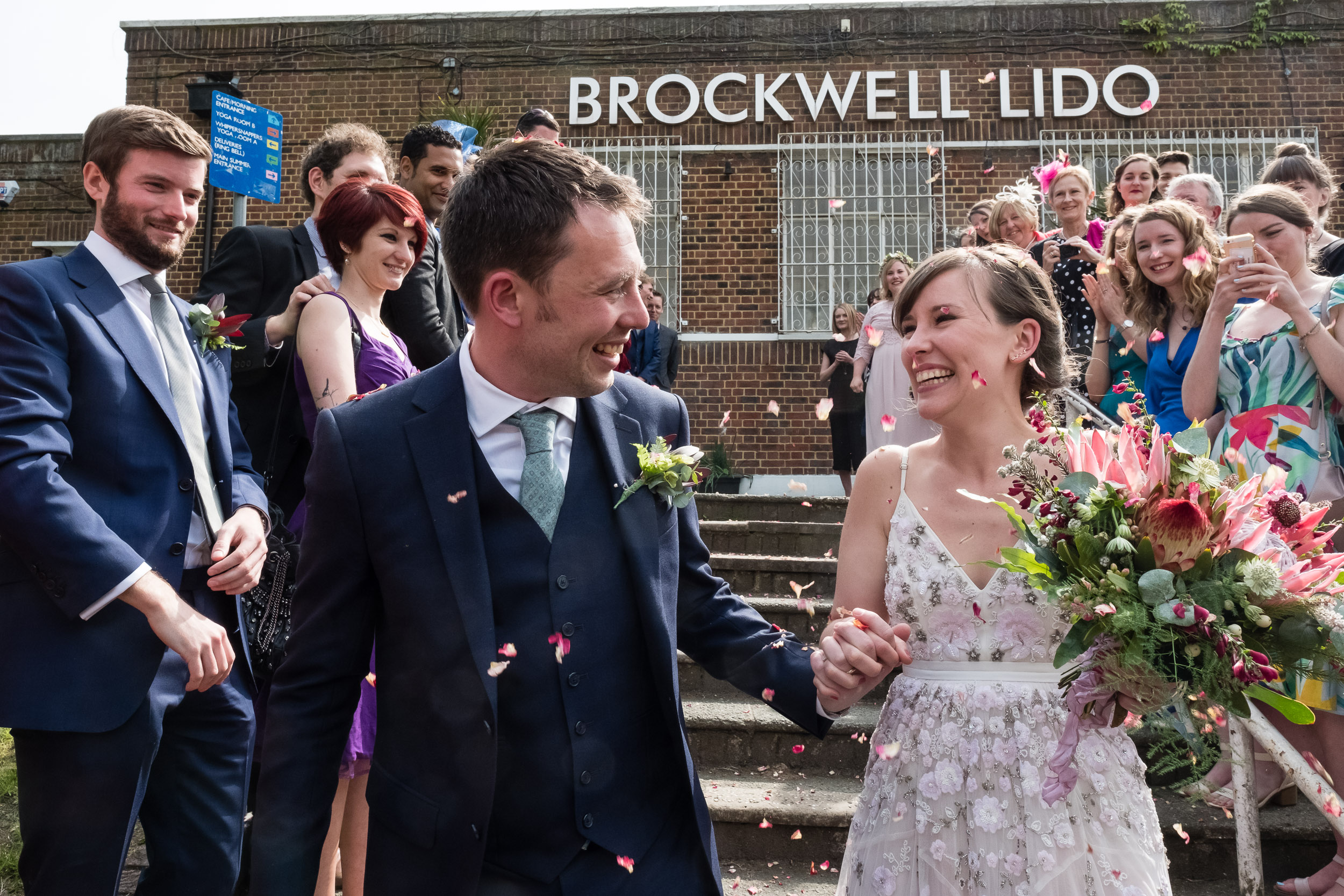 brockwell-lido-brixton-herne-hill-wedding-216.jpg