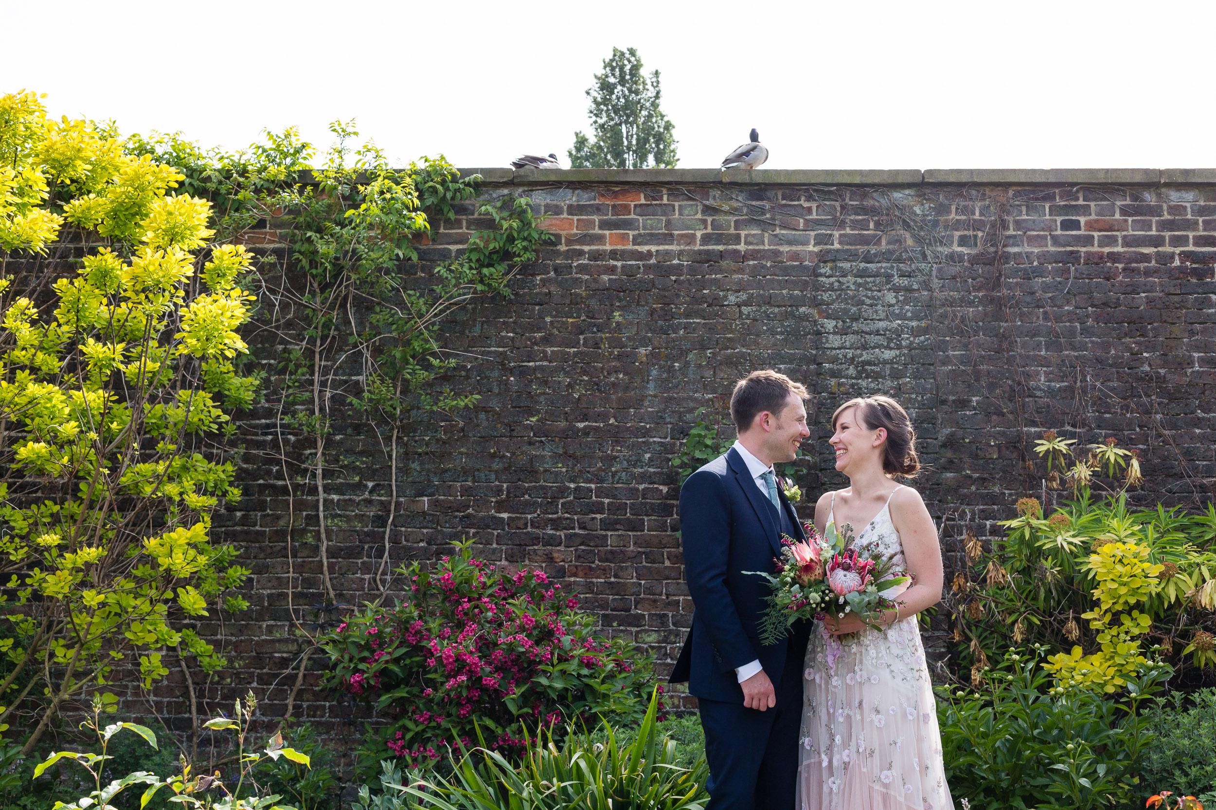 brockwell-lido-brixton-herne-hill-wedding-271.jpg