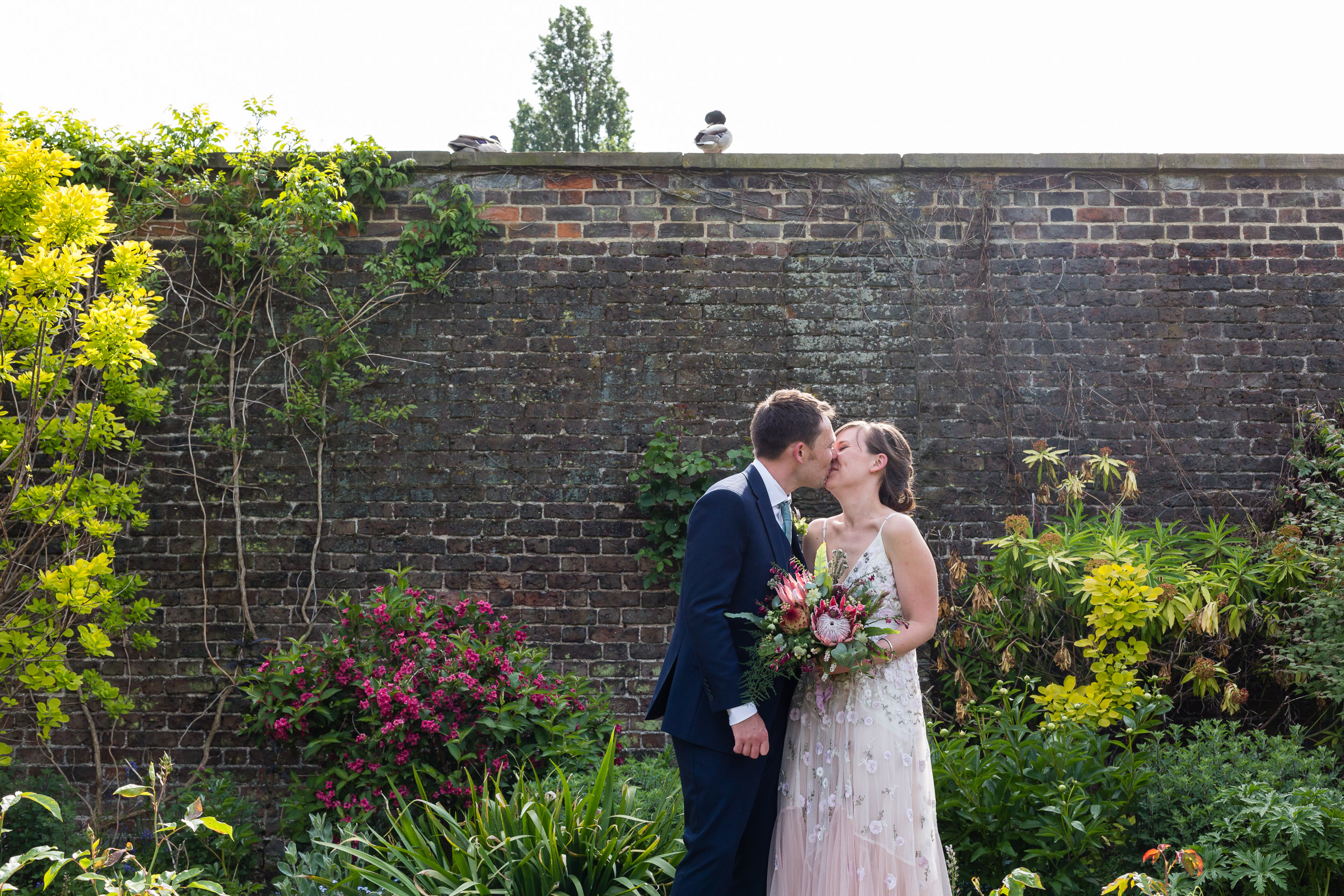 brockwell-lido-brixton-herne-hill-wedding-273.jpg