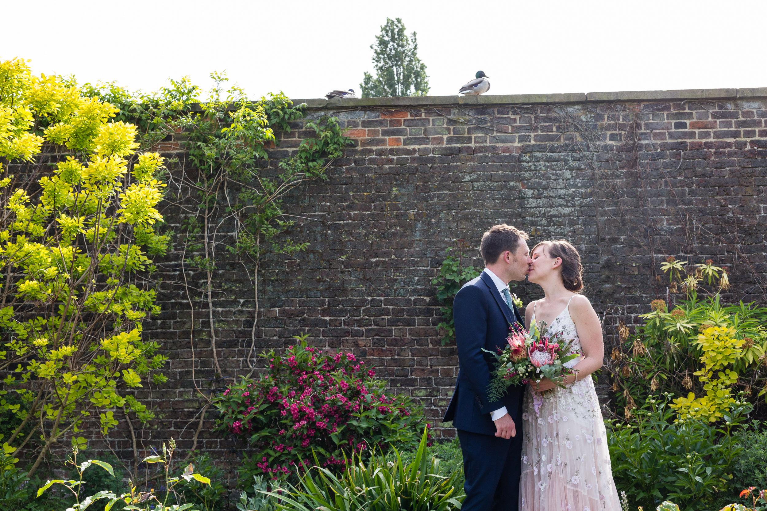brockwell-lido-brixton-herne-hill-wedding-272.jpg