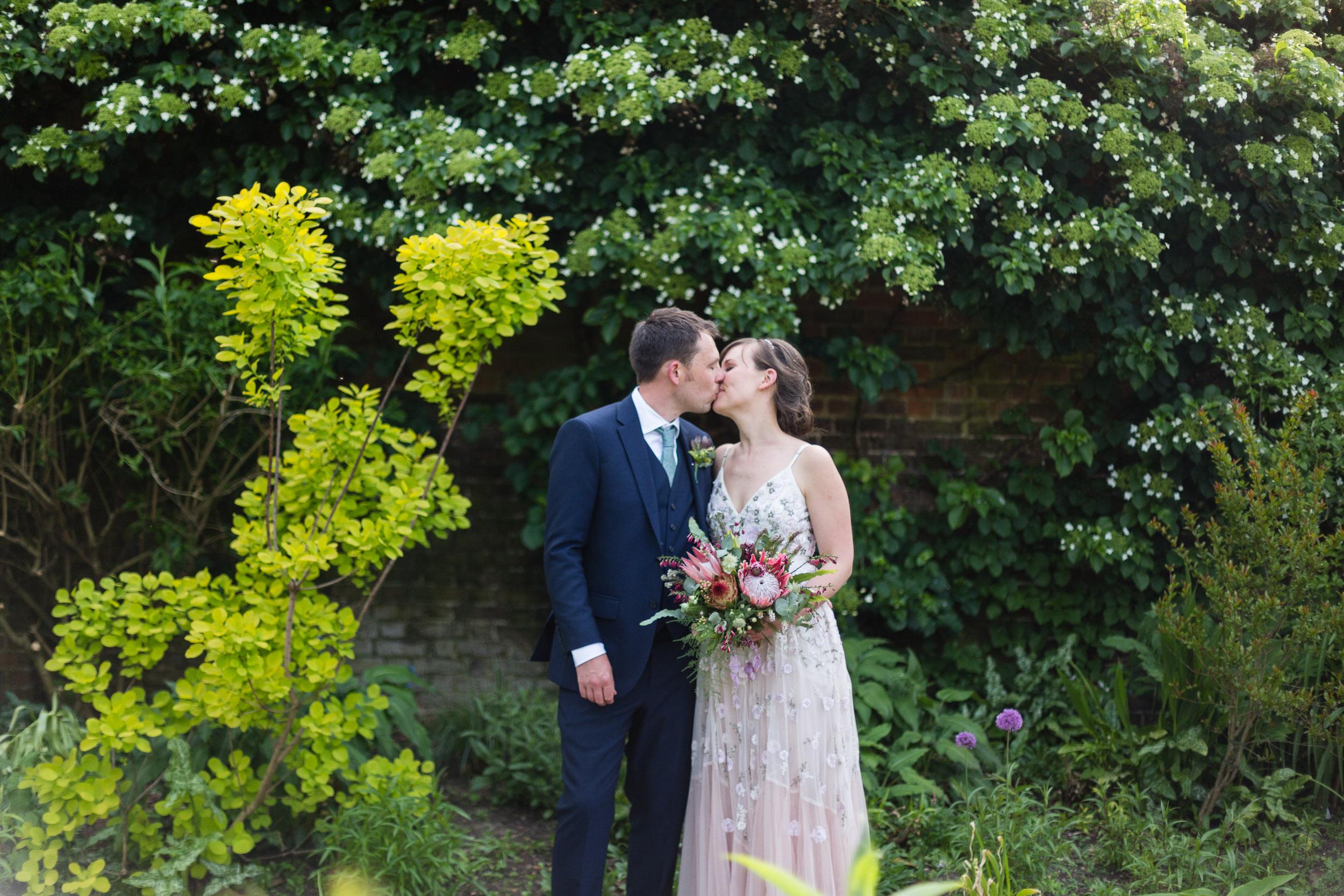 brockwell-lido-brixton-herne-hill-wedding-282.jpg