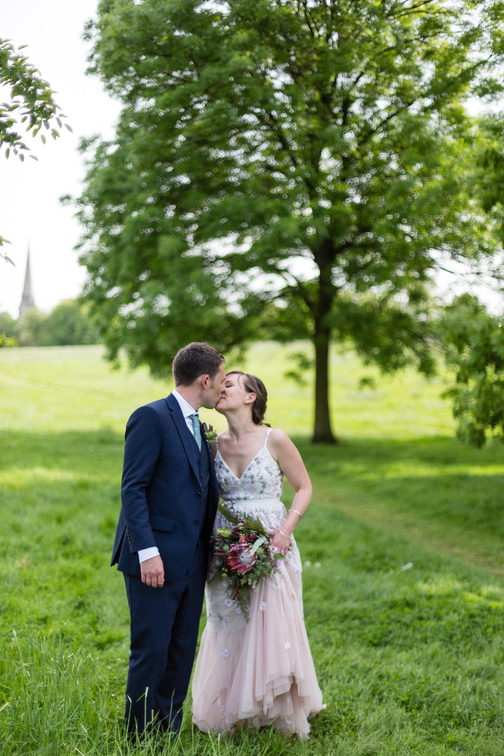 brockwell-lido-brixton-herne-hill-wedding-293.jpg