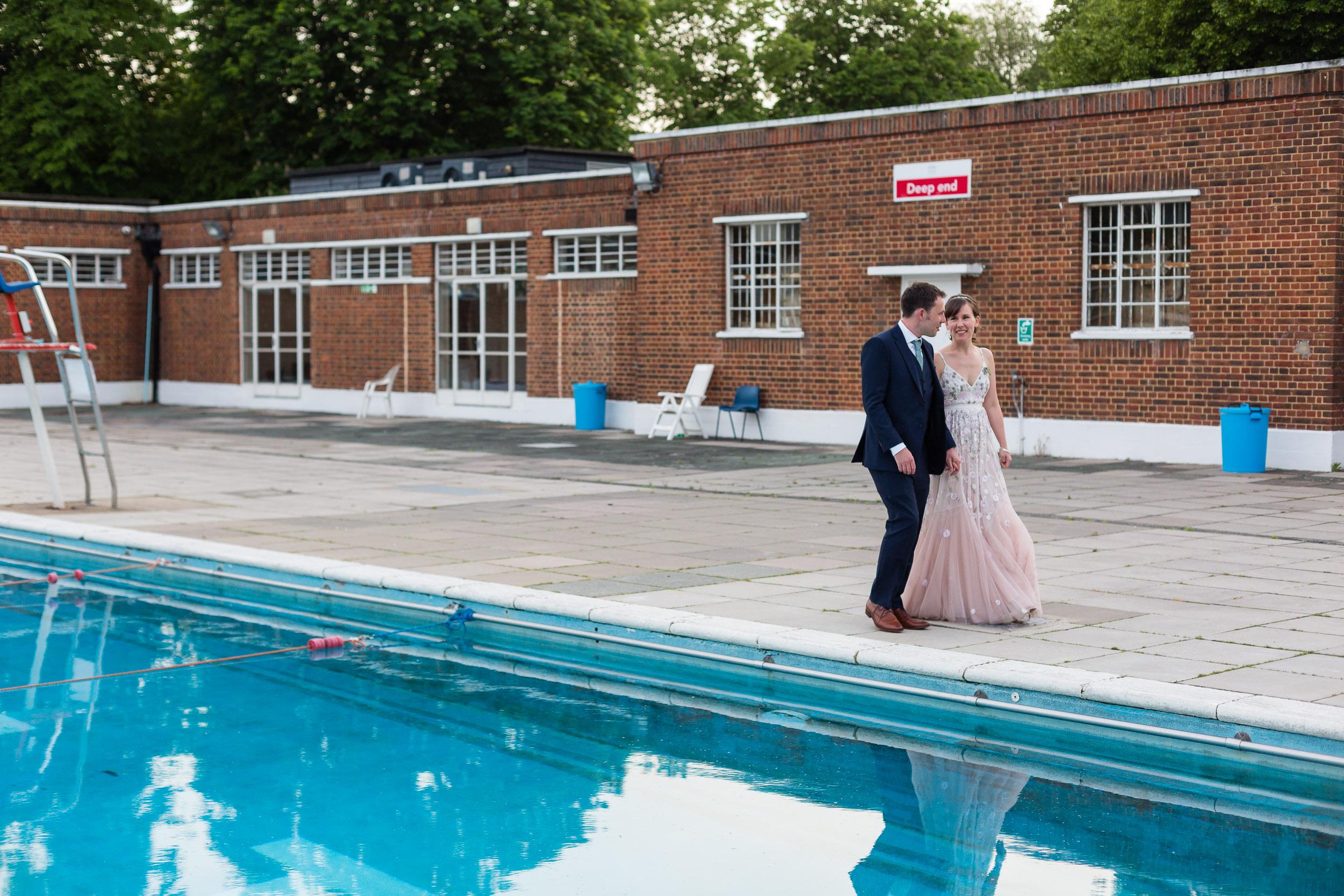 brockwell-lido-brixton-herne-hill-wedding-381.jpg