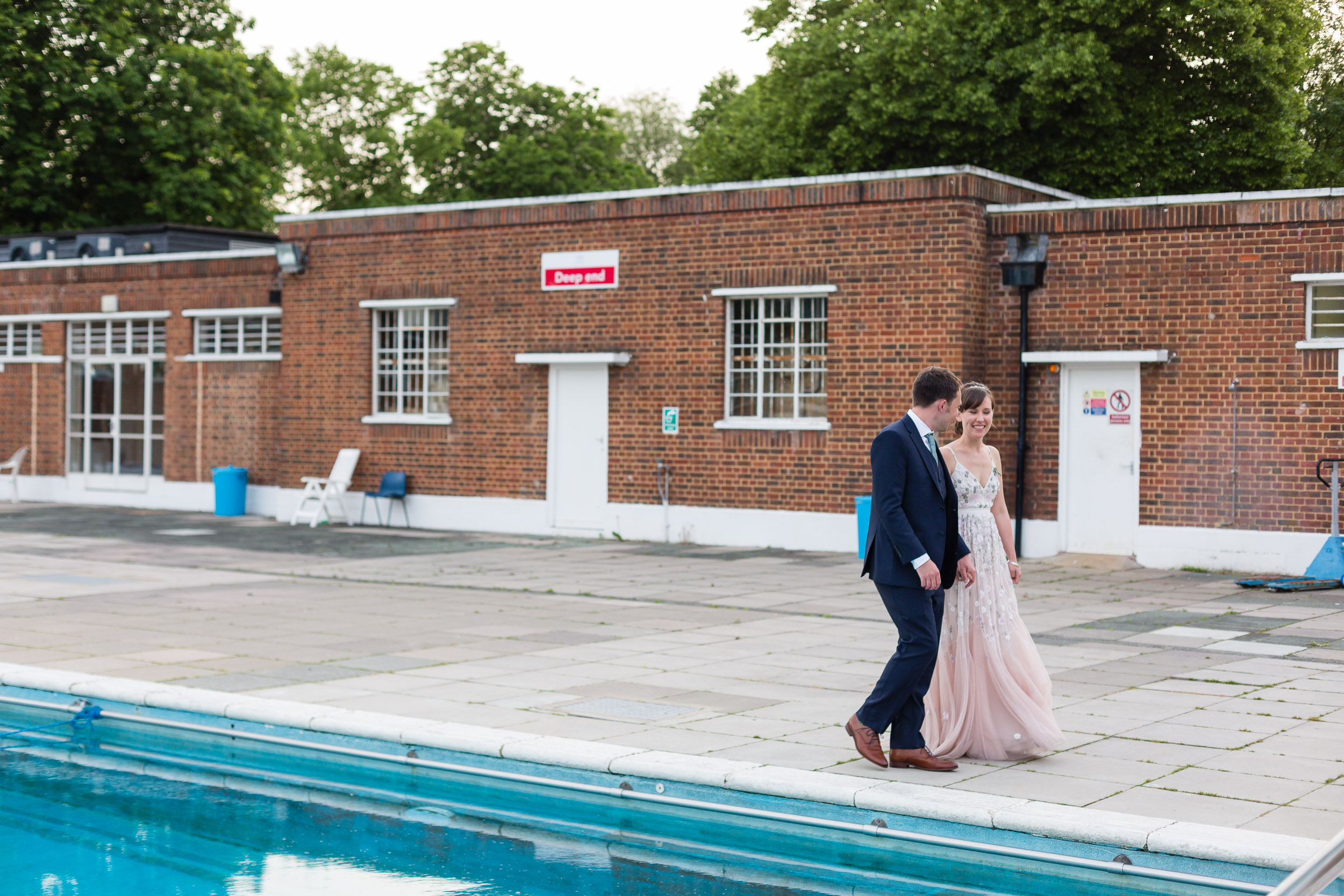 brockwell-lido-brixton-herne-hill-wedding-383.jpg