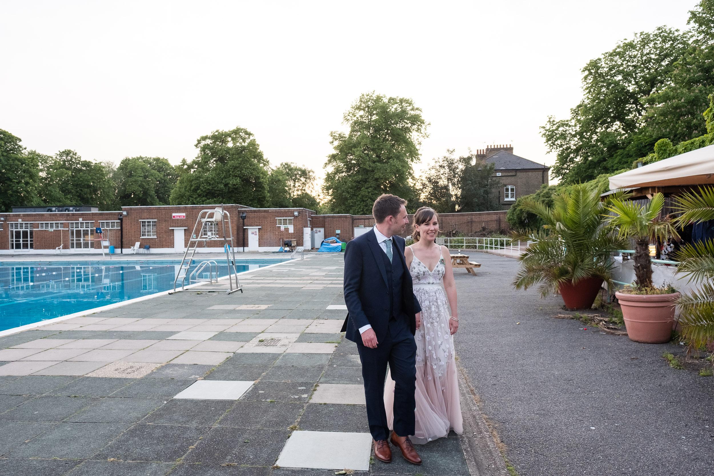 brockwell-lido-brixton-herne-hill-wedding-404.jpg