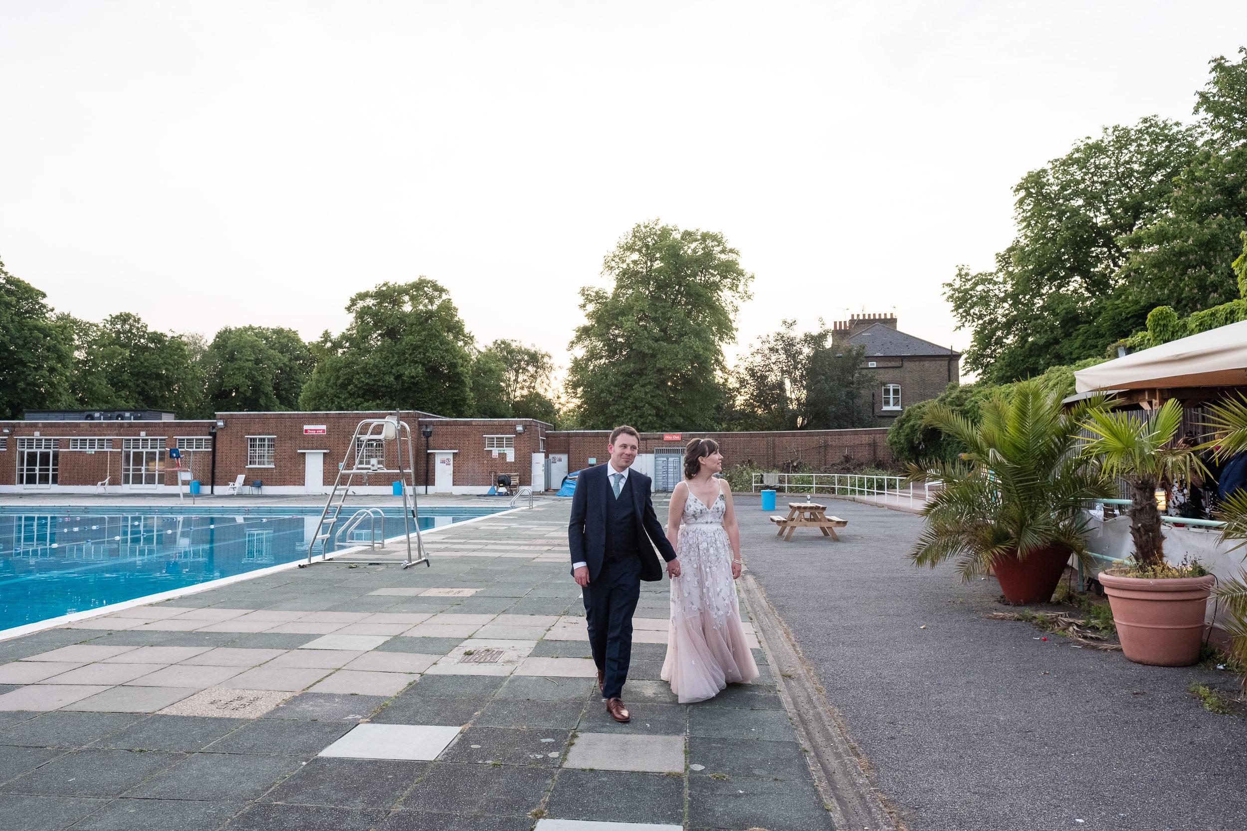 brockwell-lido-brixton-herne-hill-wedding-403.jpg