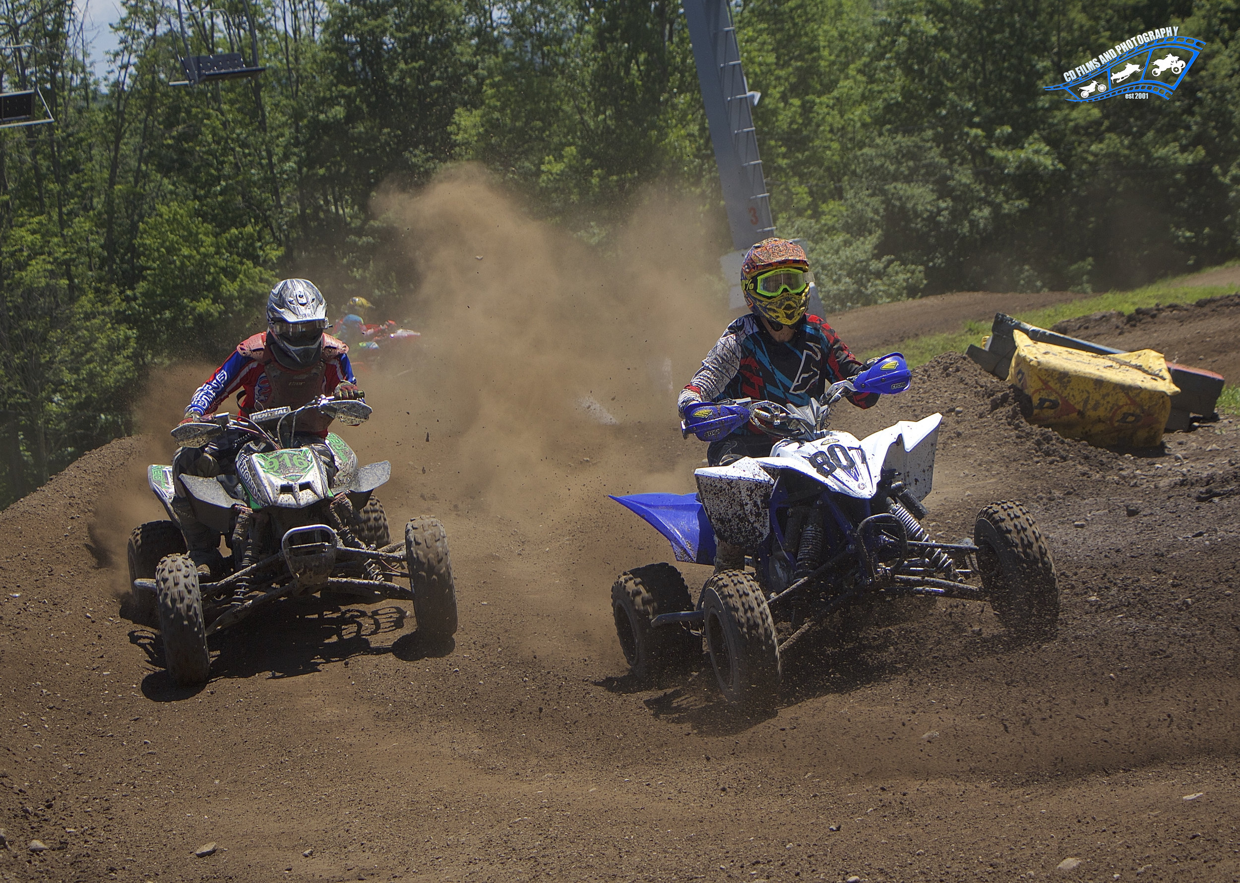 Scott Salls (807) and Billy Shafer (816) in a hard battle for position during last years July 2nd race here at Royal Mountain!