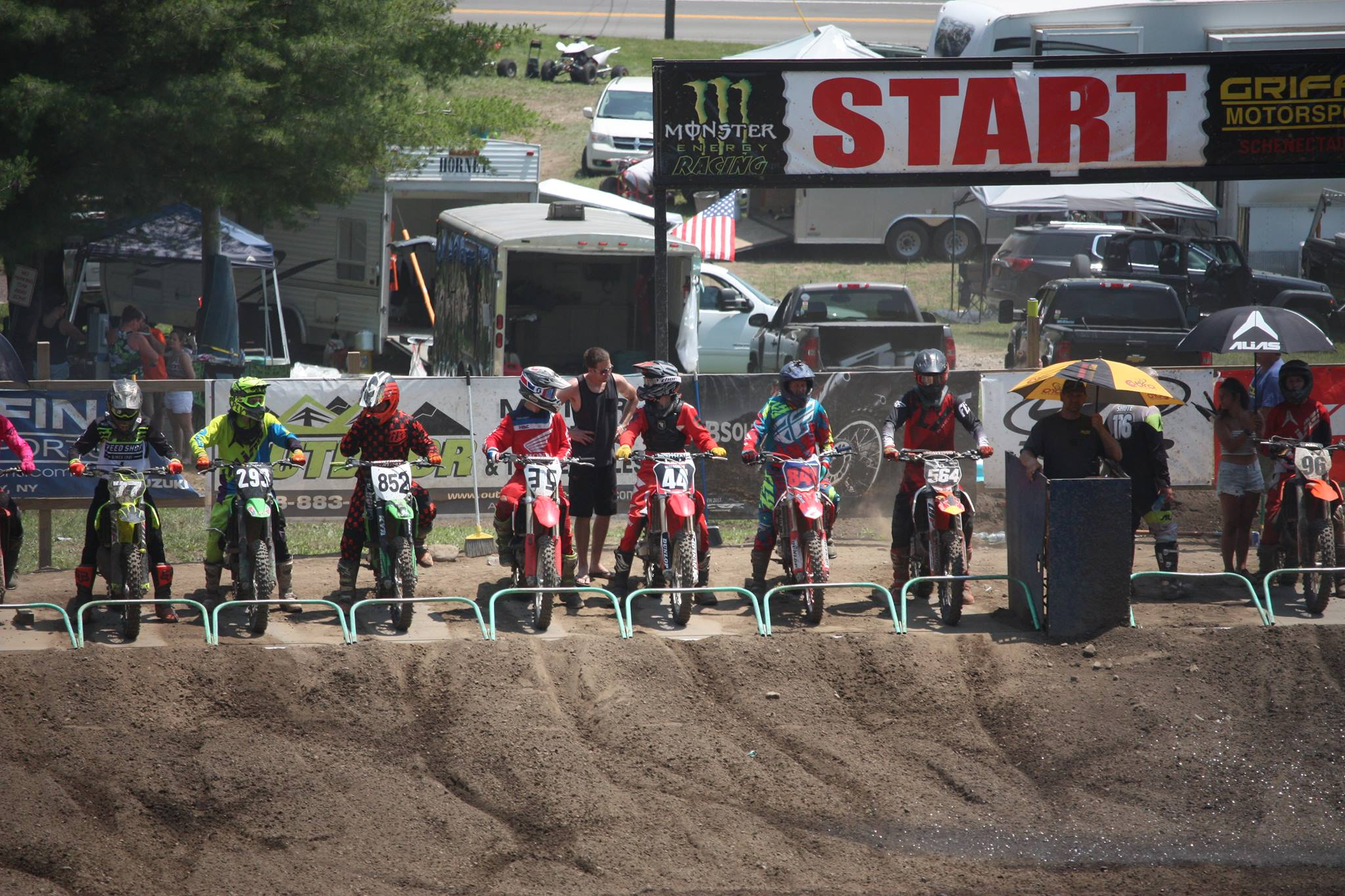 Riders deal with heat - Riders prep for the heat and humidity during 4th of July weekend race. Photo credit to Ashley R. Walseman