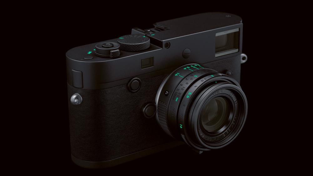 Leica M Monochrom - Stealth Edition