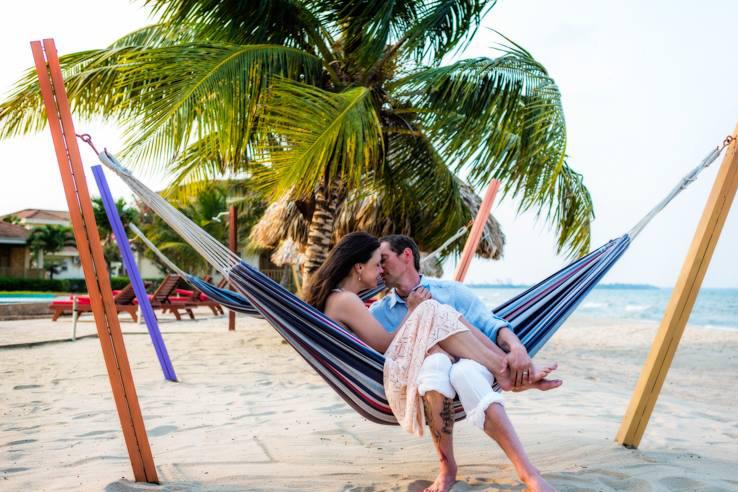 couple hammock.jpg