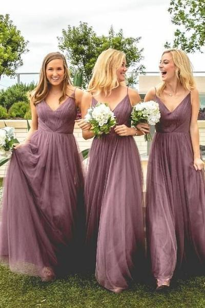 v-neckline-mauve-bridesmaid-dress-long-tulle-skirt_grande.jpg