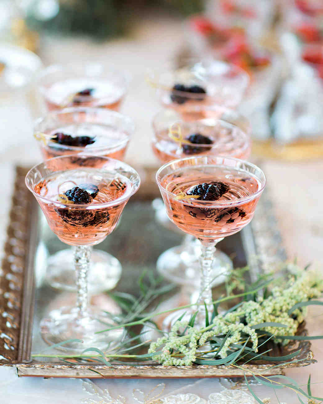 fall-wedding-cocktails-pauline-conway-0818_0_vert.jpg