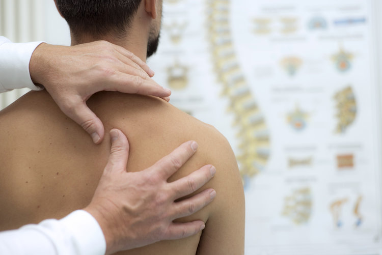 stock-photo-medical-check-at-the-shoulder-in-a-physiotherapy-center-531358357.jpg
