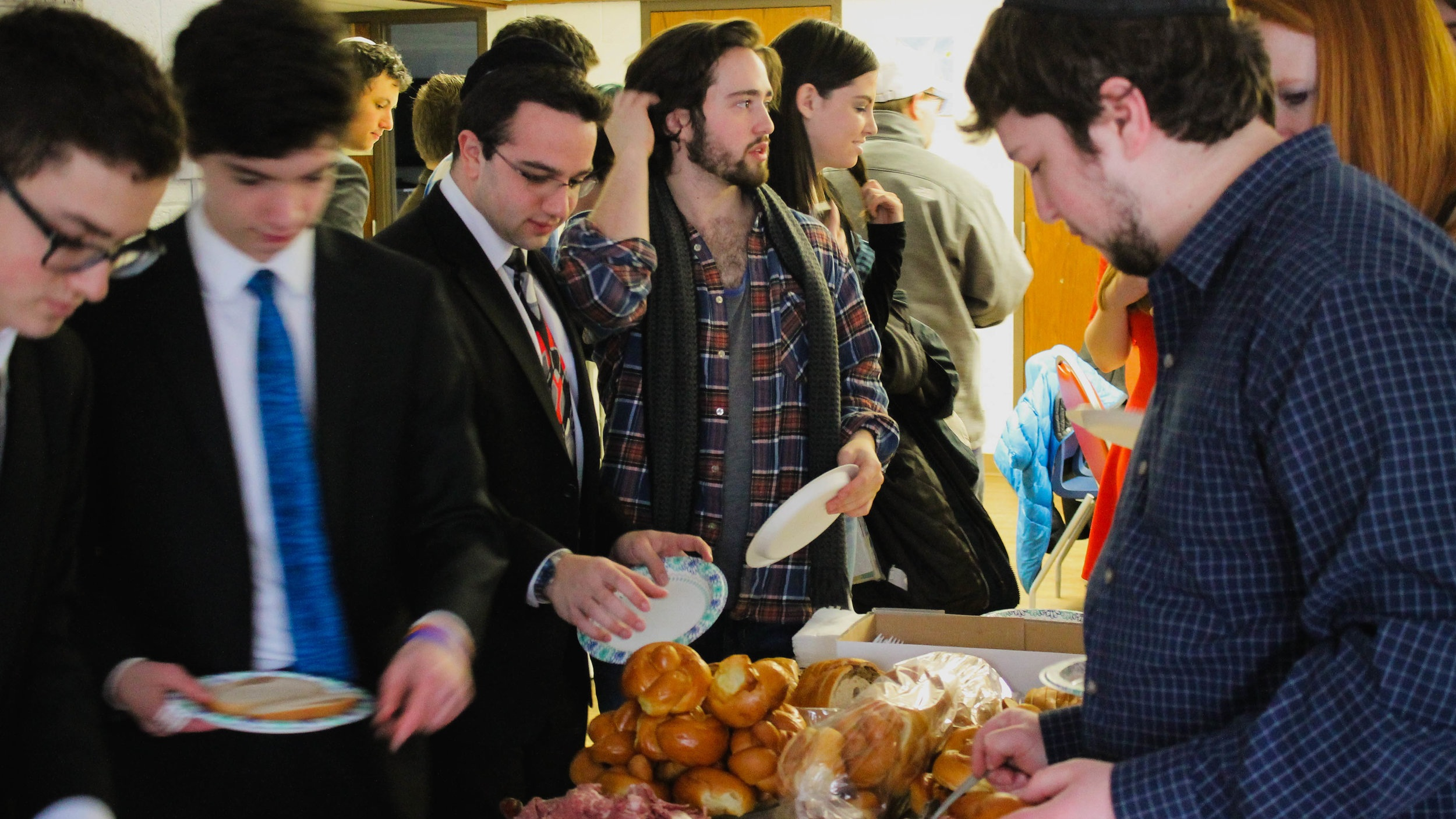Sponsor a Bagel Brunch - Brighten up students' weeks by providing a Wednesday bagel brunch!