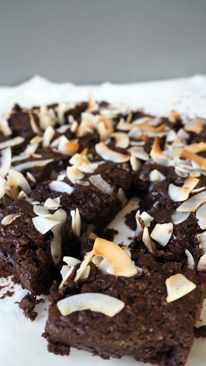 vegan-coconut-brownies-1.jpg