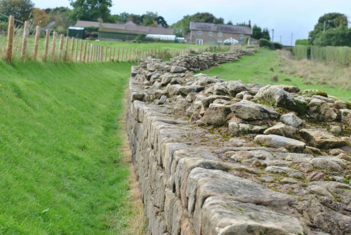hadrians-wall-2.png