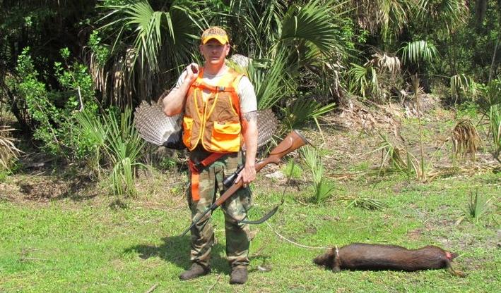 dragin a pig carrying a bird2.jpg