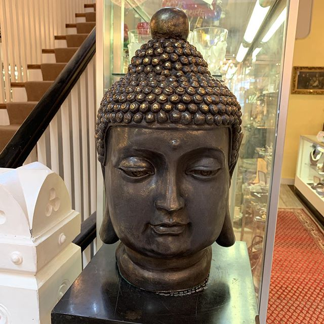 Buddha Head FIND YOUR TREASURE#atouchofthepastantiques #atop #lambertvillenj#antiquecapitalofnewjersey #hunterdoncounty#rivertown #antiques #antiquestore #forsale#midcentury #decoratorfinds #interiors #interiordesign#midcenturymodern #italiandesign #italianmidcentury#modernglass #moderndesign #studiofurniture#modernism #modernart #homedecor#homedecoration #decorators #interiors #design#instaliving #interiorinspiration #instadecor#luxurydecor #philadelphiainteriordesign