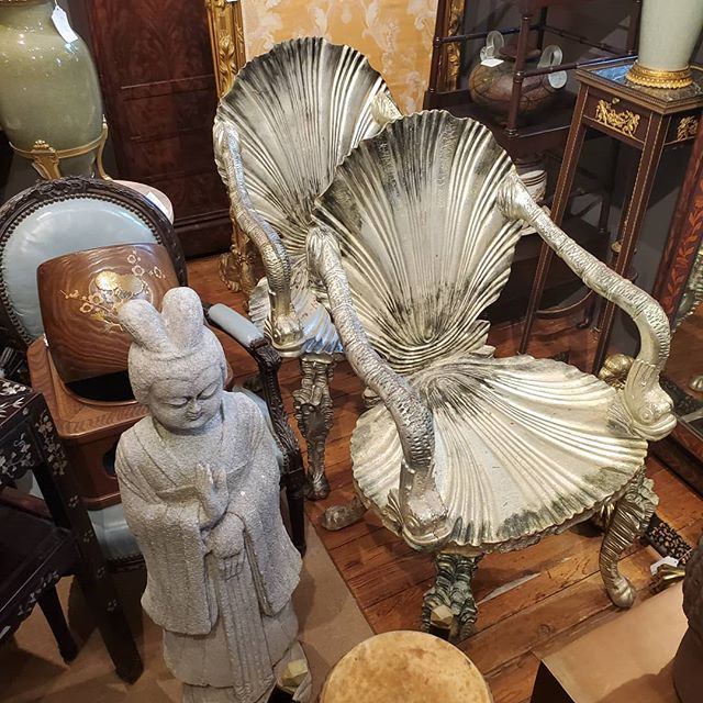 Amazing Silver Leaf Grotto Chairs  FIND YOUR TREASURE #atouchofthepastantiques #atop #lambertvillenj#antiquecapitalofnewjersey #hunterdoncounty#rivertown #antiques #antiquestore #forsale#midcentury #decoratorfinds #interiors #interiordesign#midcenturymodern #italiandesign #italianmidcentury#modernglass #moderndesign #studiofurniture#modernism #modernart #homedecor#homedecoration #decorators #interiors #design#instaliving #interiorinspiration #instadecor#luxurydecor #philadelphiadesign