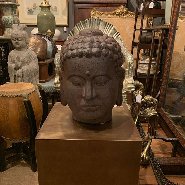 Antique Head With Base FIND YOUR TREASURE#atouchofthepastantiques #atop #lambertvillenj#antiquecapitalofnewjersey #hunterdoncounty#rivertown #antiques #antiquestore #forsale#midcentury #decoratorfinds #interiors #interiordesign#midcenturymodern #italiandesign #italianmidcentury#modernglass #moderndesign #studiofurniture#modernism #modernart #homedecor#homedecoration #decorators #interiors #design#instaliving #interiorinspiration #instadecor#luxurydecor #philadelphiadesign