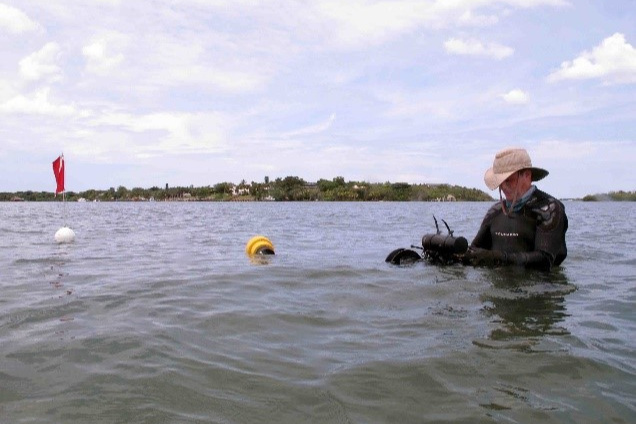 CSA scientist conducting a hardbottom survey in St. Lucie County, Florida.