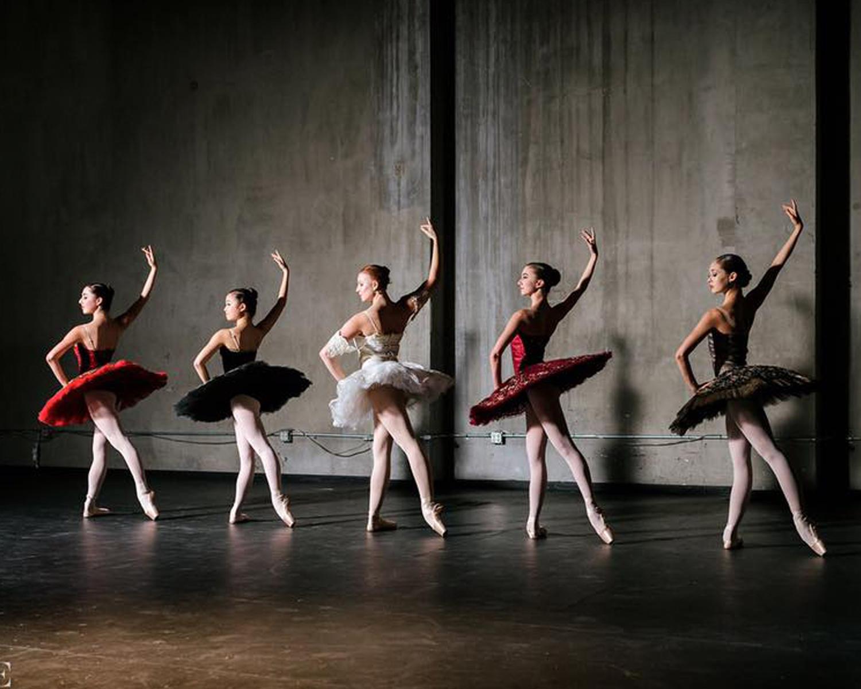 Company Dancers of Phoenix Ballet