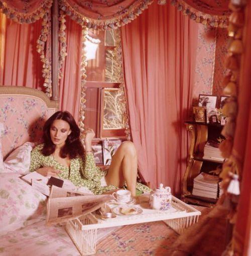1970BedroomInteriorDesignJostarInteriorsEdmonton.jpeg.9fcc207f.jpg