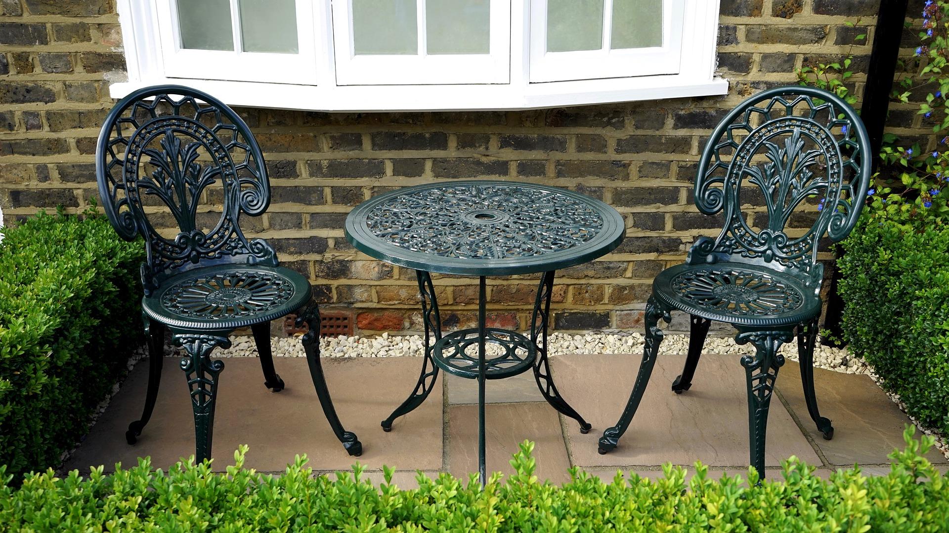 garden-1596548_1920.jpg