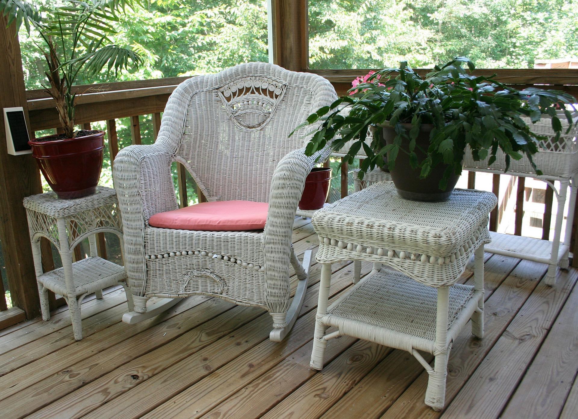wicker-rocking-chair-50613_1920.jpg